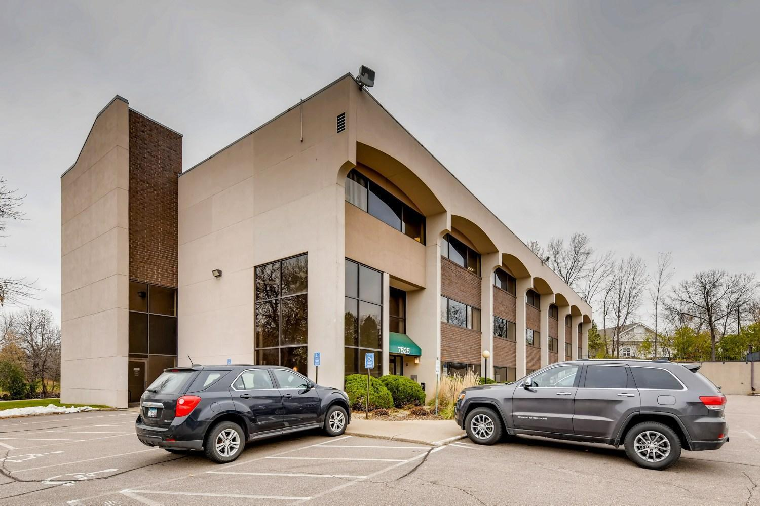 7525 Mitchell Road #106 Property Photo - Eden Prairie, MN real estate listing