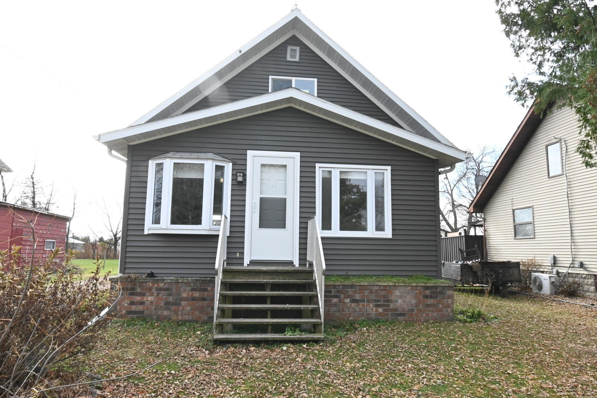 207 Main Street W Property Photo - Clarks Grove, MN real estate listing