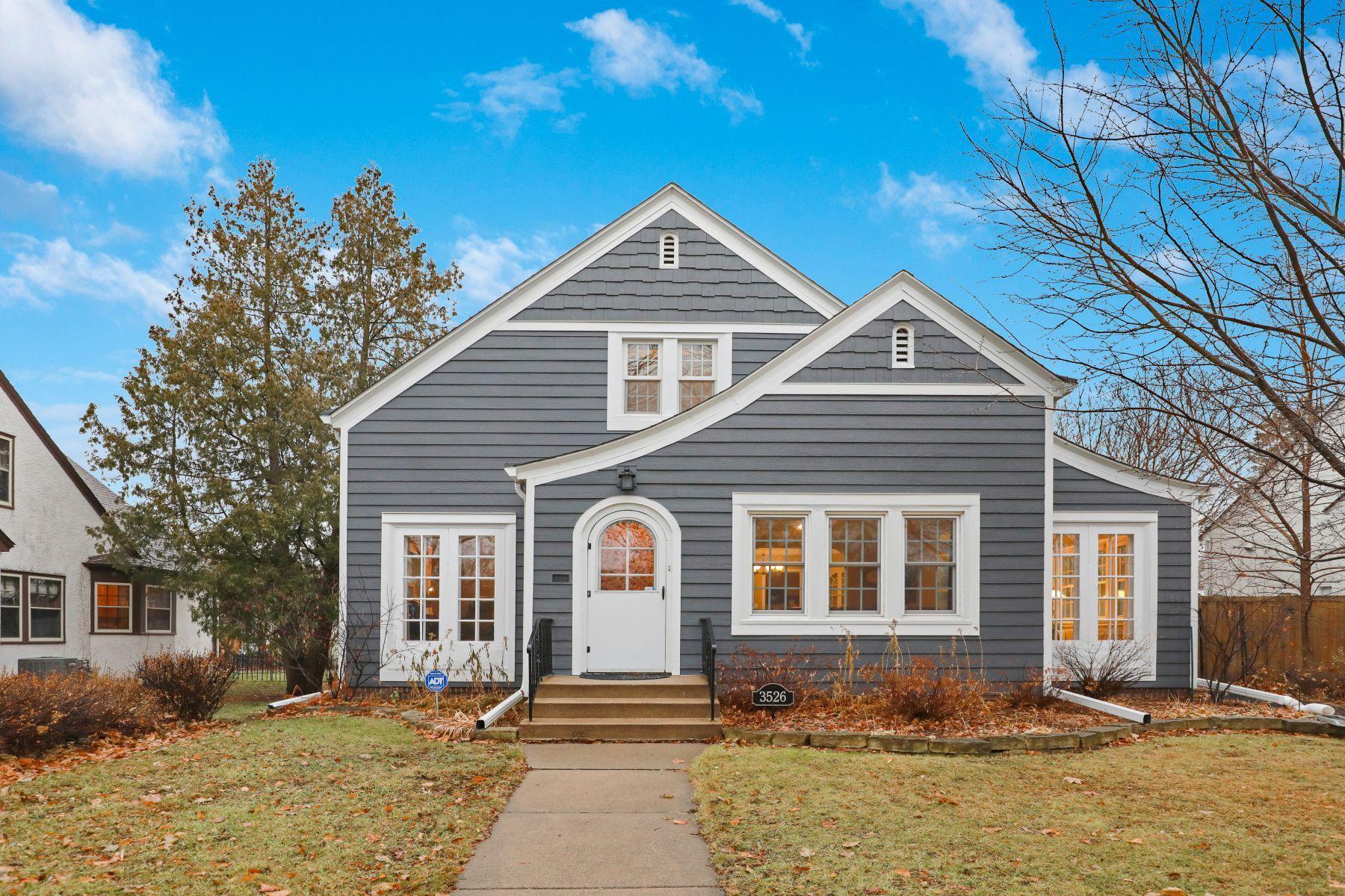 3526 Xerxes Avenue N Property Photo - Minneapolis, MN real estate listing
