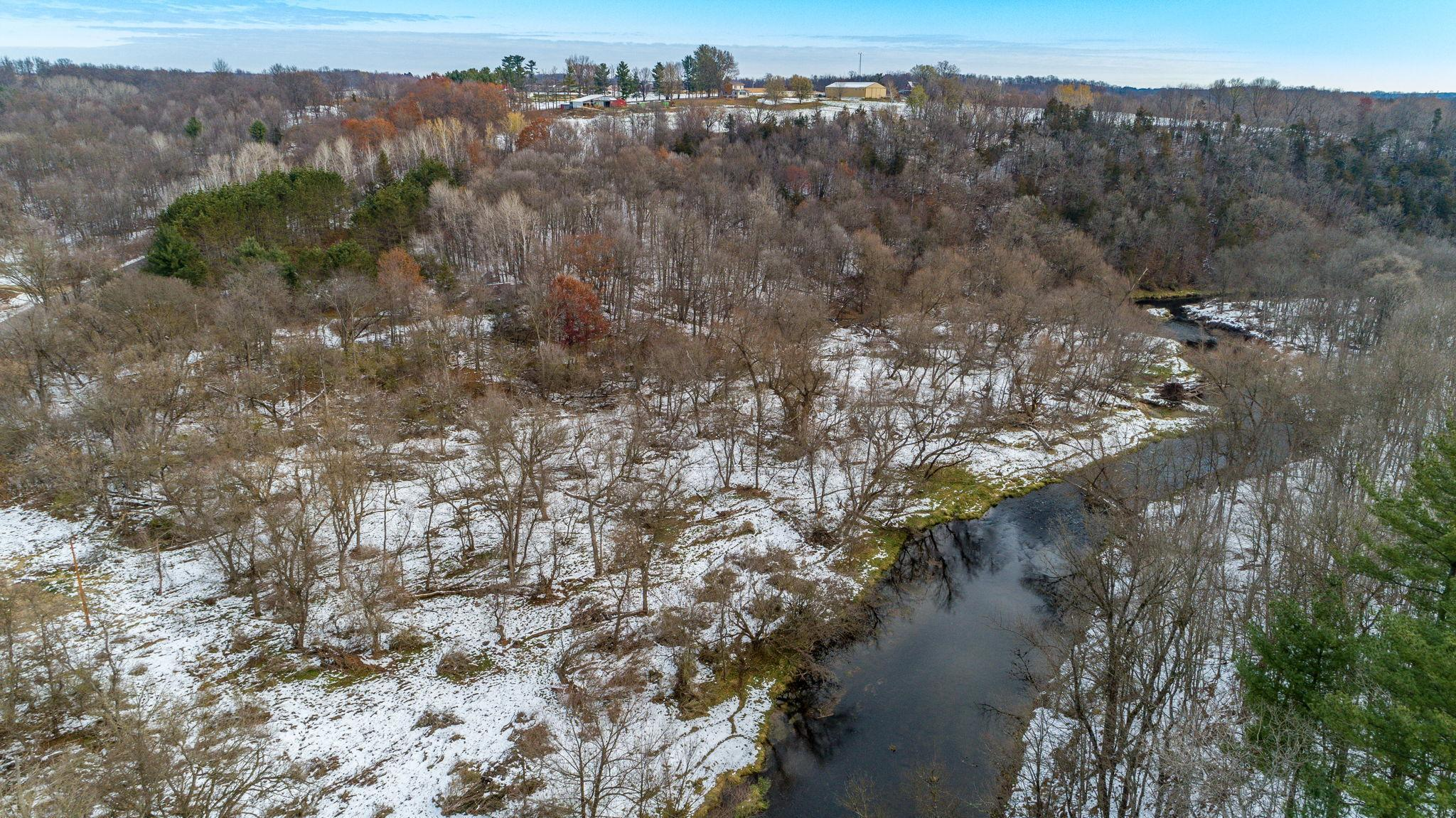 W4645 690th Avenue Property Photo - Beldenville, WI real estate listing