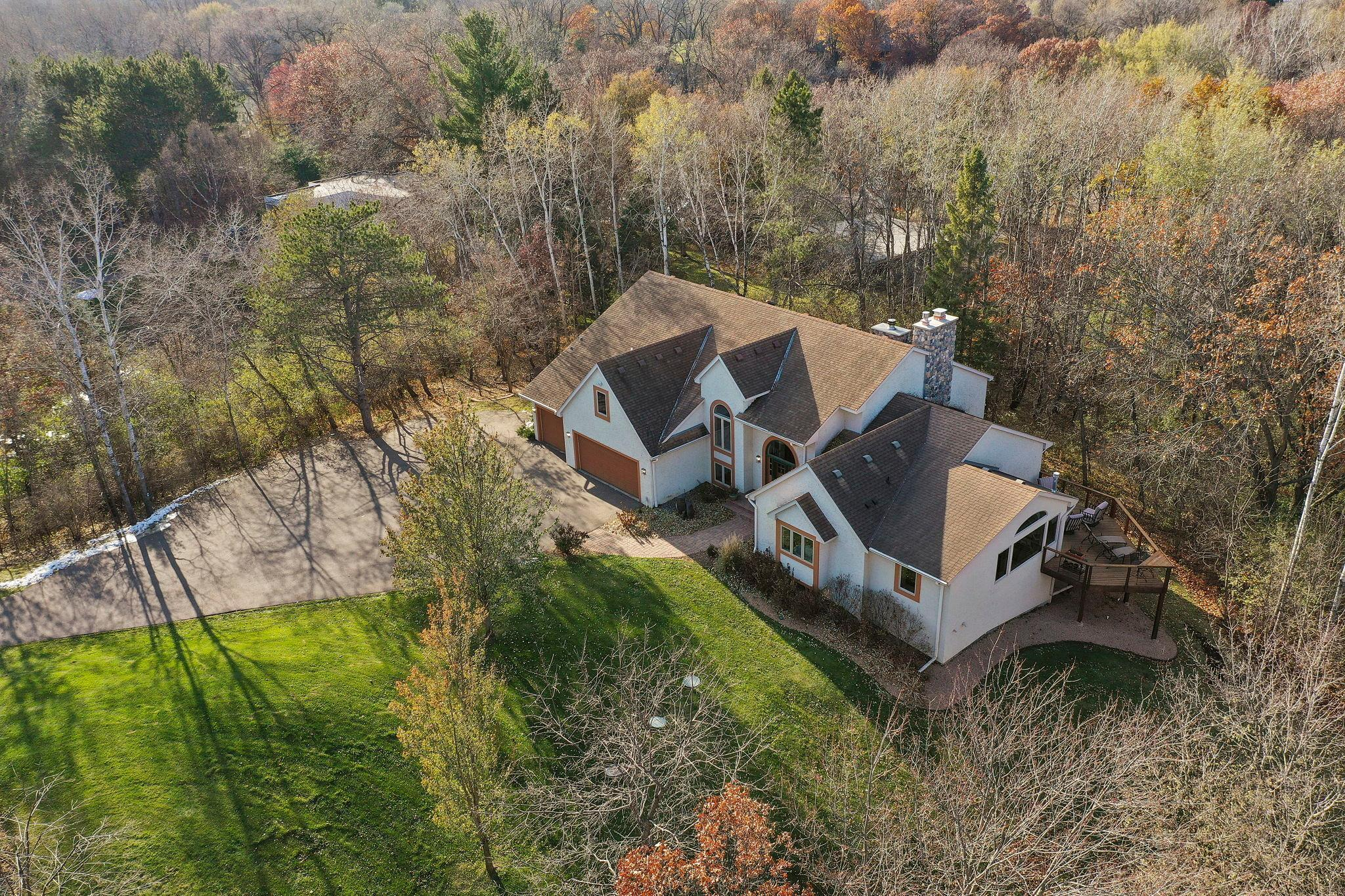 9 Robb Farm Road Property Photo - North Oaks, MN real estate listing