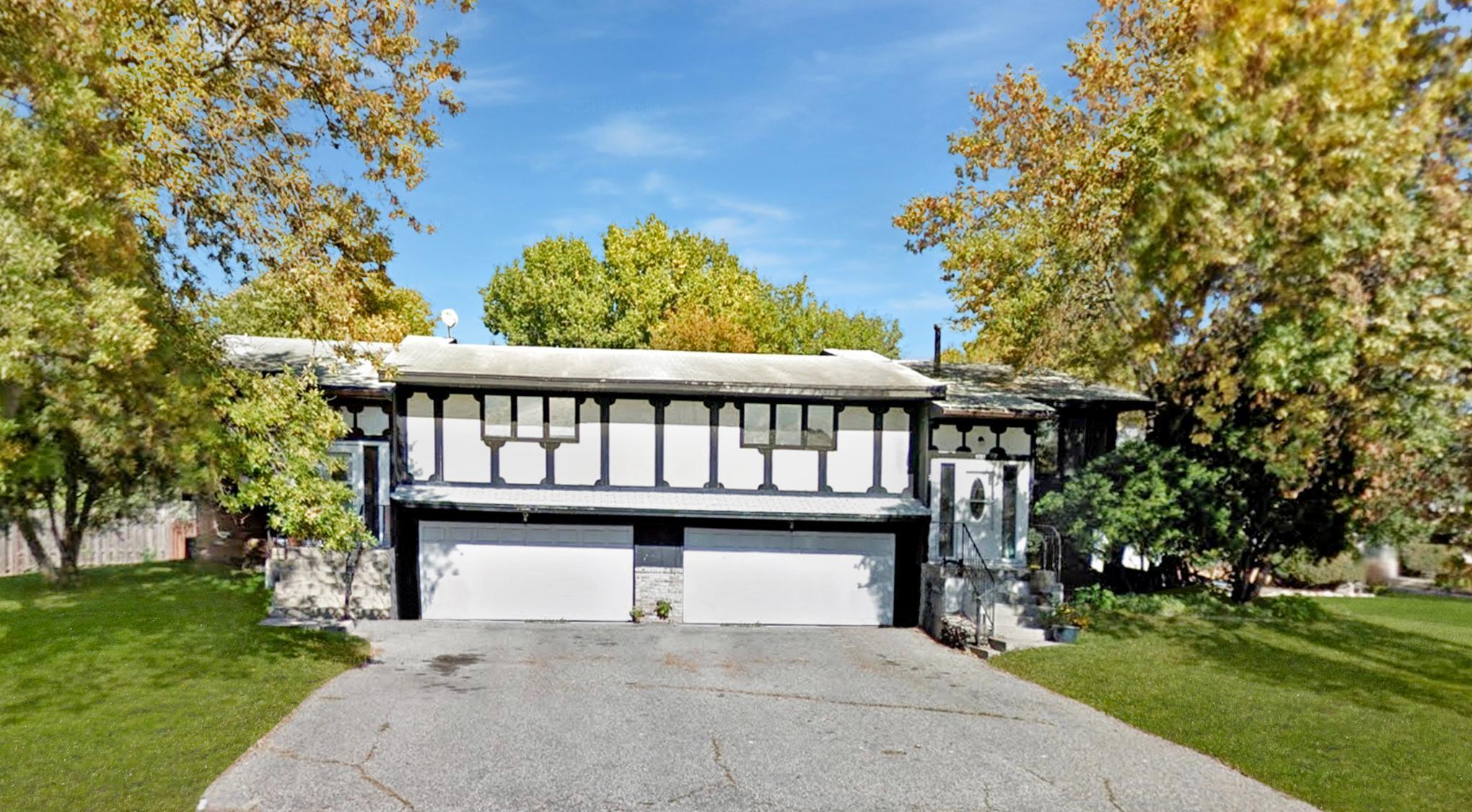 9721 / 9719 Utica Road Property Photo - Bloomington, MN real estate listing