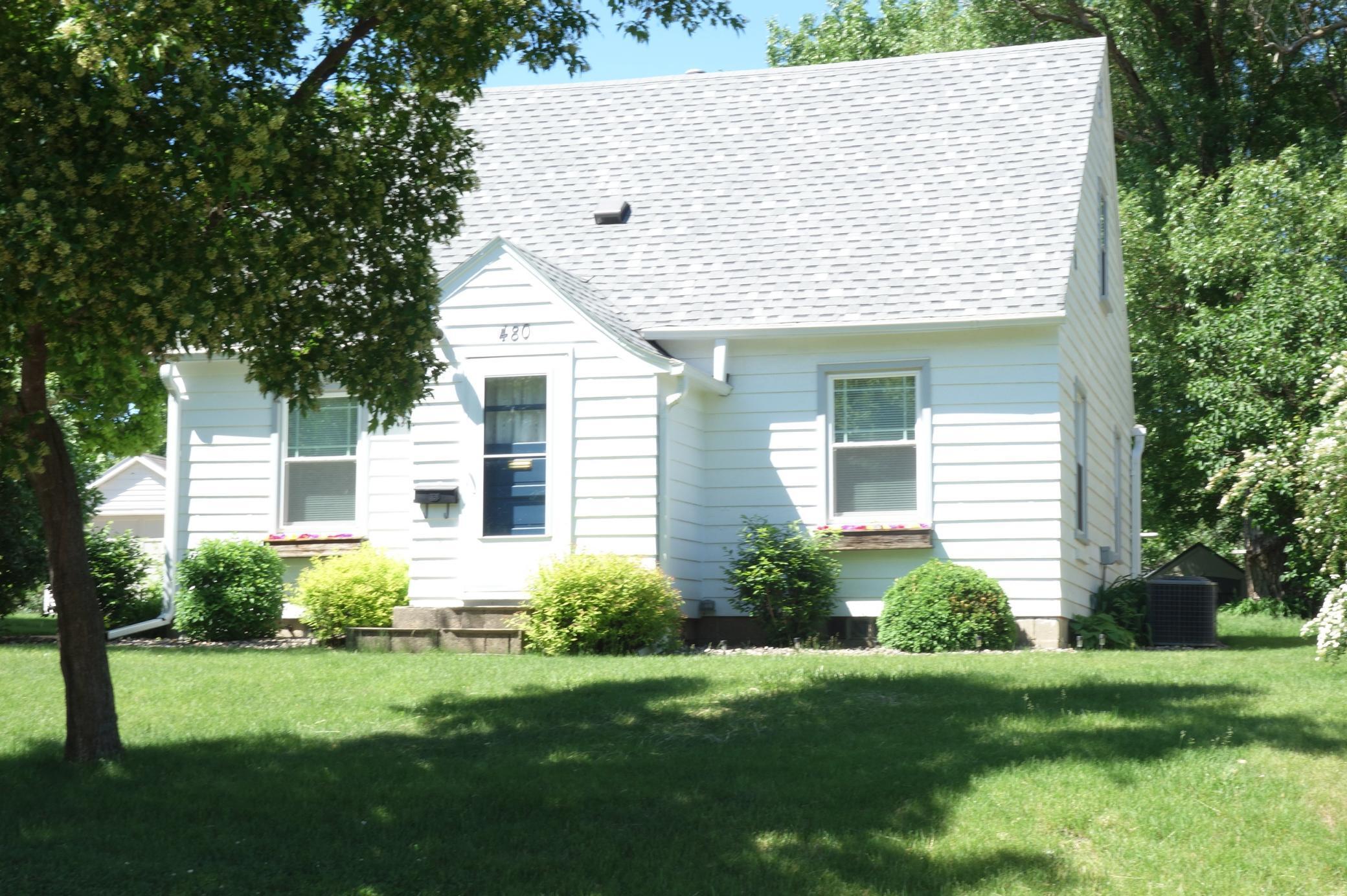 480 Martin Street Property Photo 1