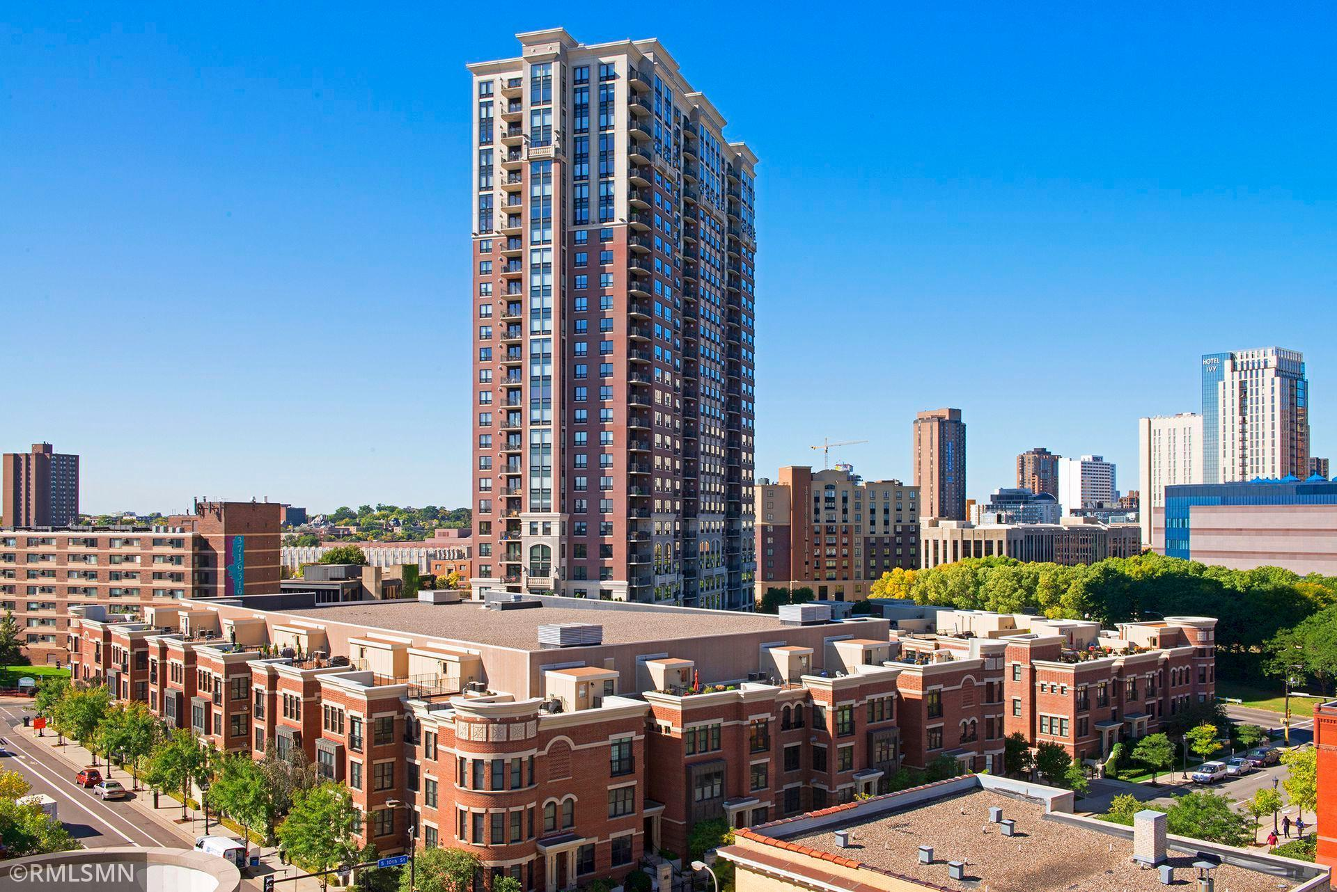 500 E Grant Street #2401 Property Photo - Minneapolis, MN real estate listing