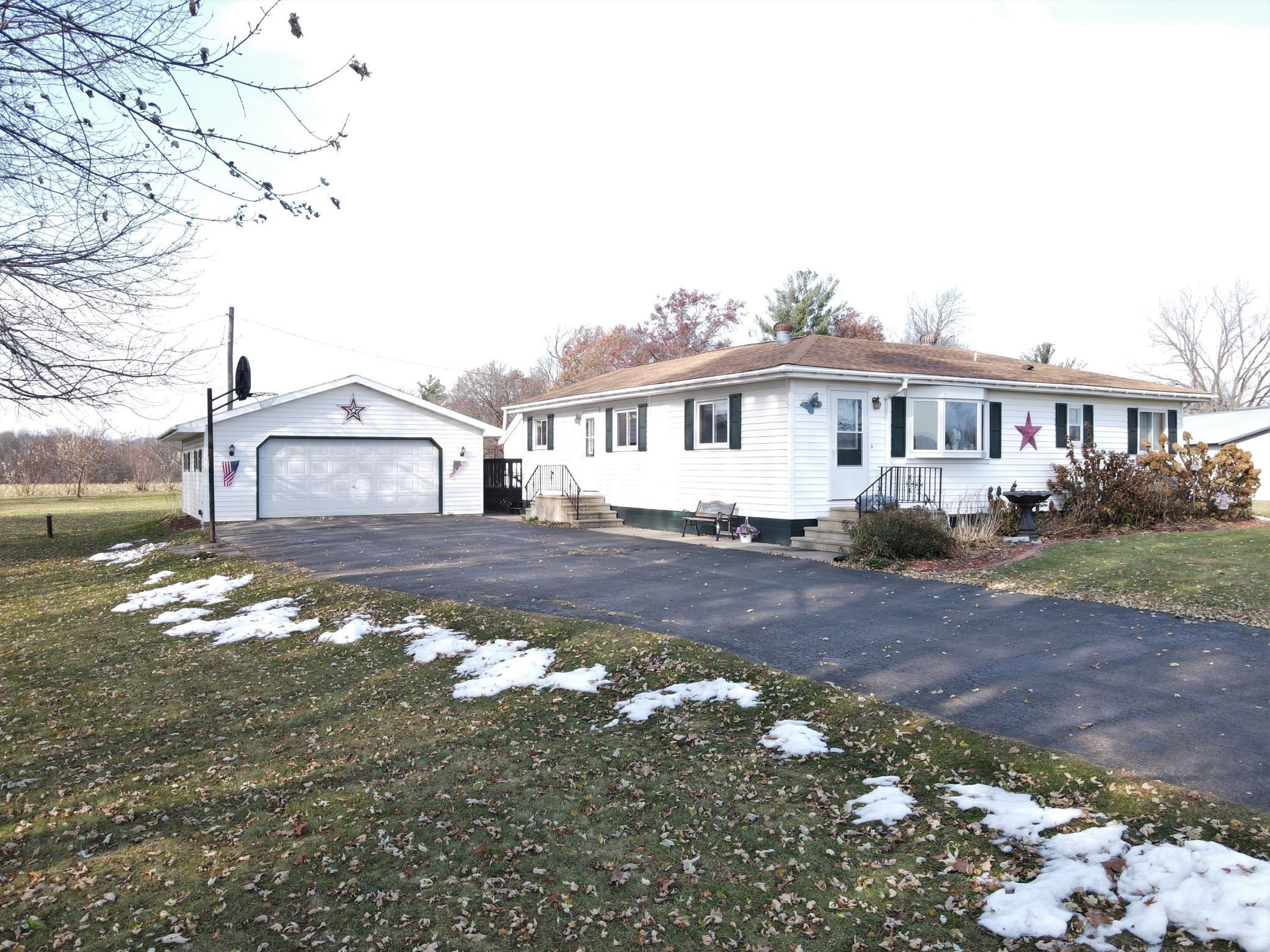 2751 N 270th Street Property Photo - Elmwood, WI real estate listing