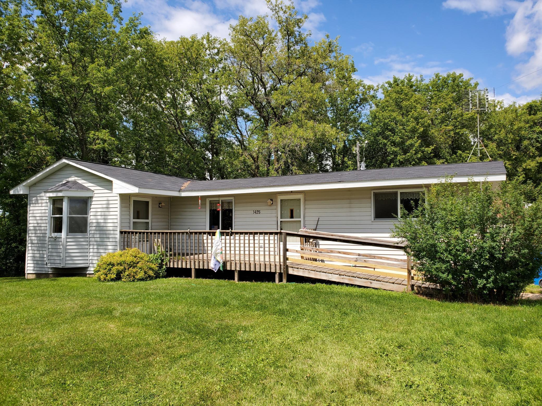 1425 County Road 6 NW Property Photo - Stanchfield, MN real estate listing