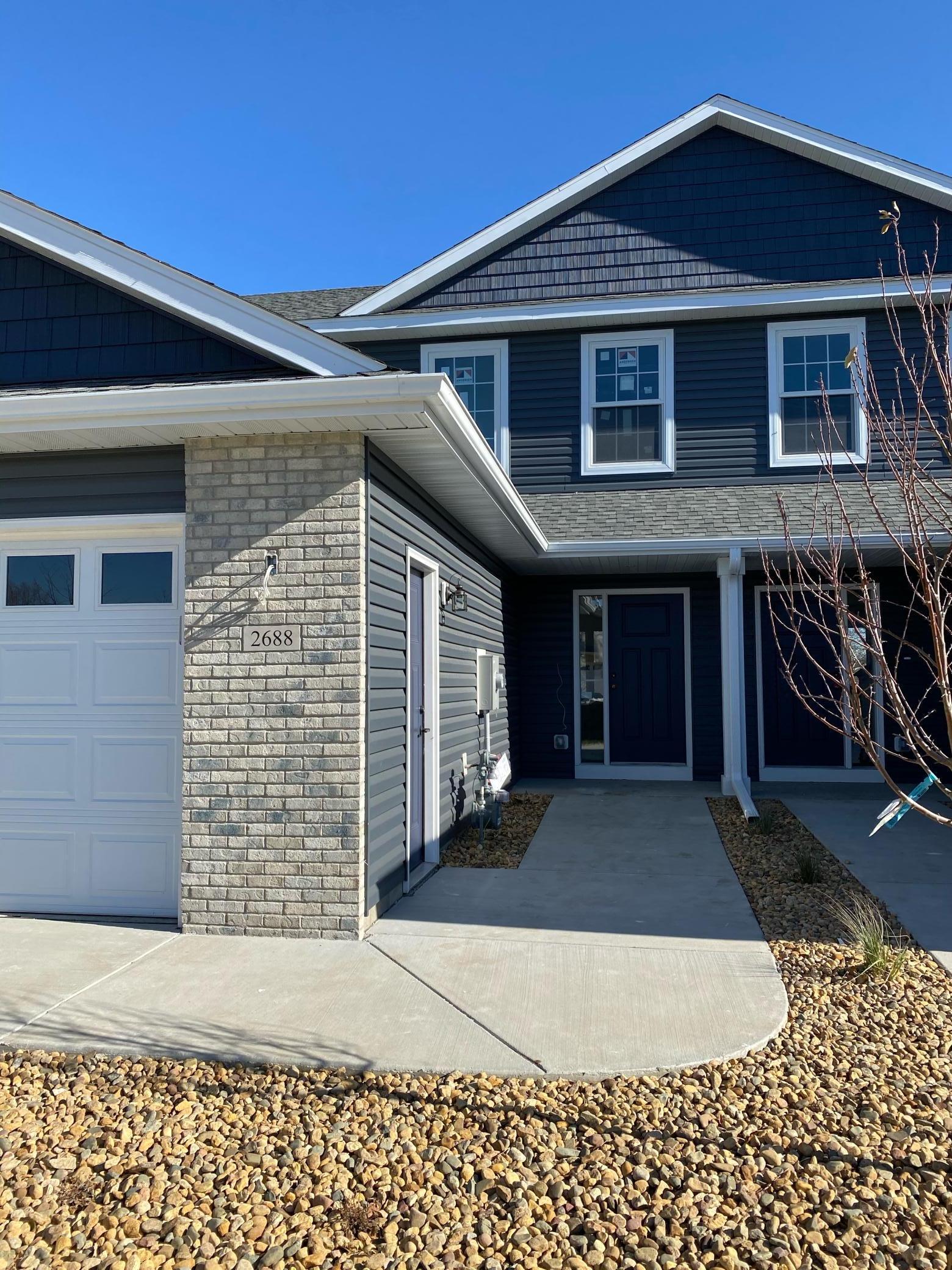 2688 Hawk Ridge Court SE Property Photo - Rochester, MN real estate listing