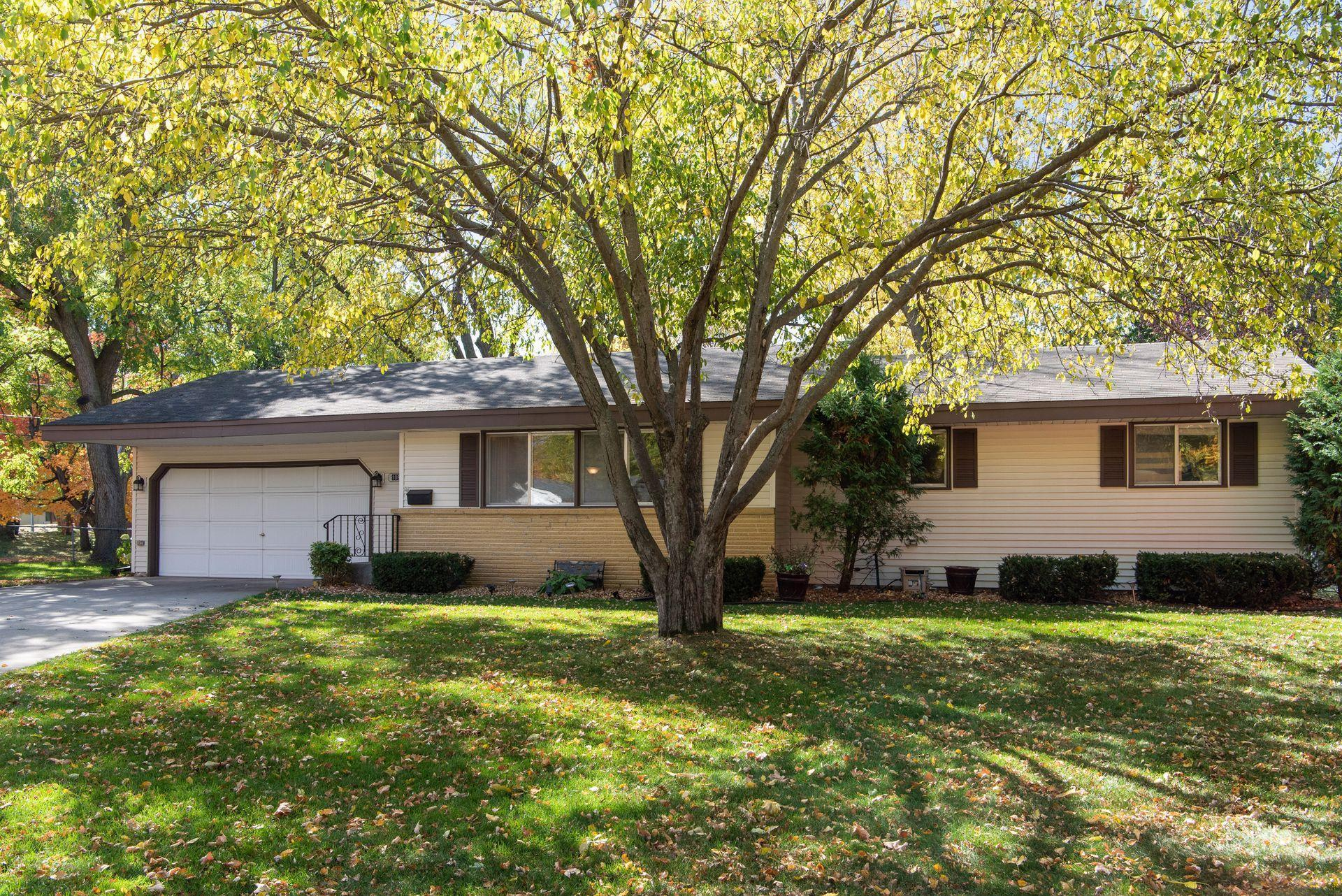 10814 Toledo Circle Property Photo - Bloomington, MN real estate listing