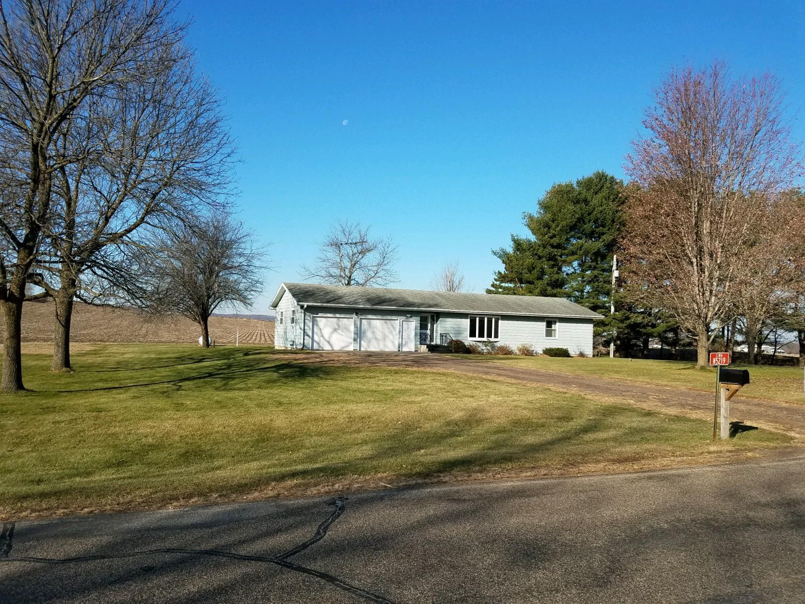N5219 County Road V Property Photo - Durand, WI real estate listing