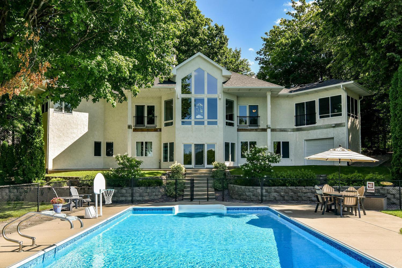 1205 Hidden Hills Drive Property Photo - Delano, MN real estate listing