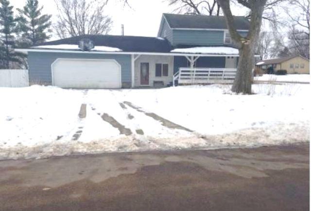 502 E 12th Street Property Photo - Blue Earth, MN real estate listing