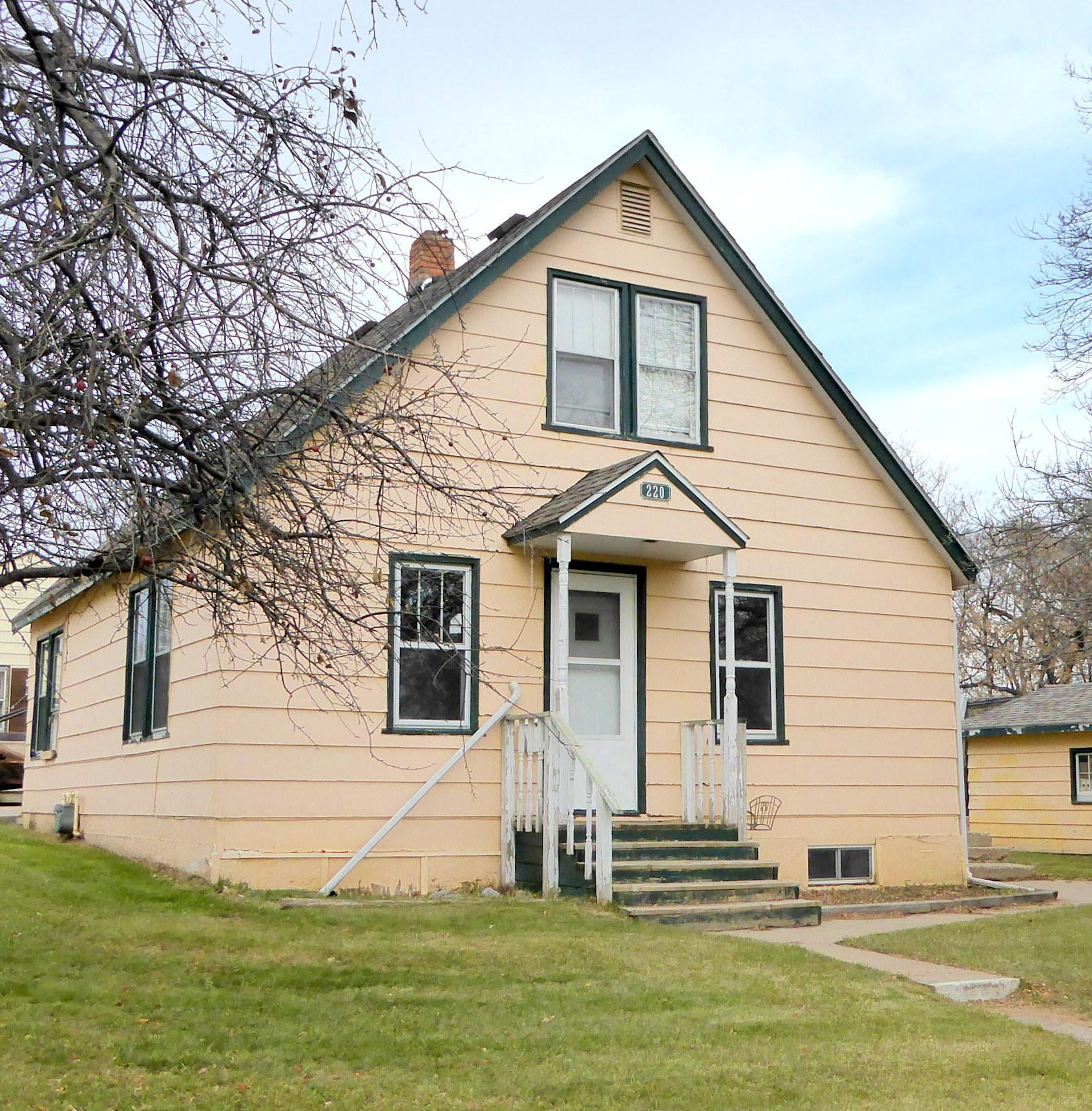 220 Central Street W Property Photo - Detroit Lakes, MN real estate listing