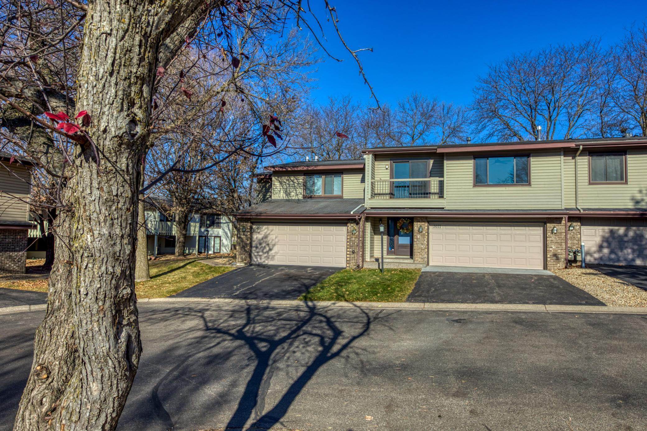 5671 Hyland Courts Drive #D Property Photo - Bloomington, MN real estate listing