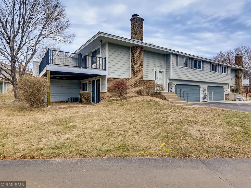 10233 Cavell Circle Property Photo - Bloomington, MN real estate listing