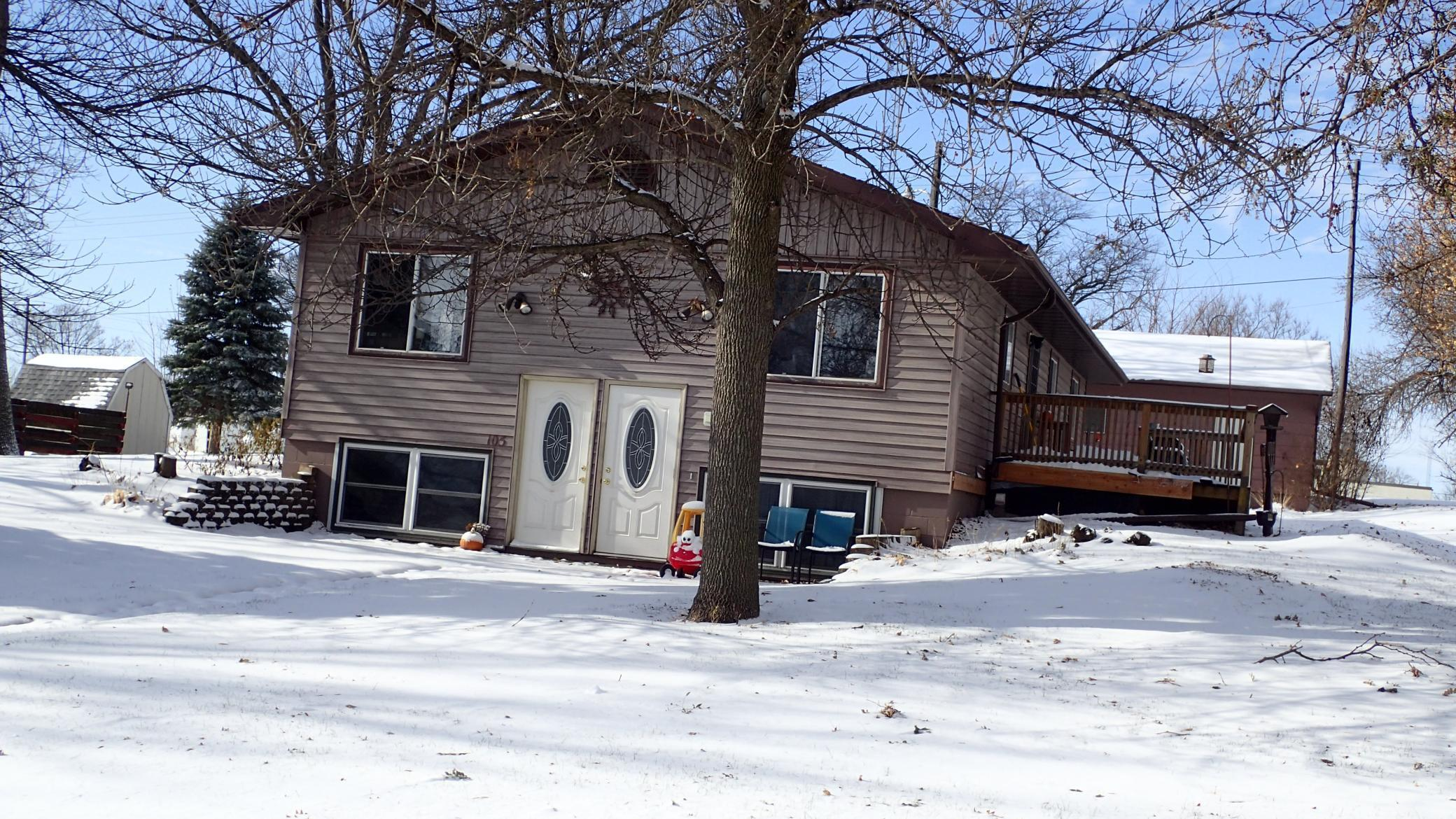 105 Montgomery Street Property Photo