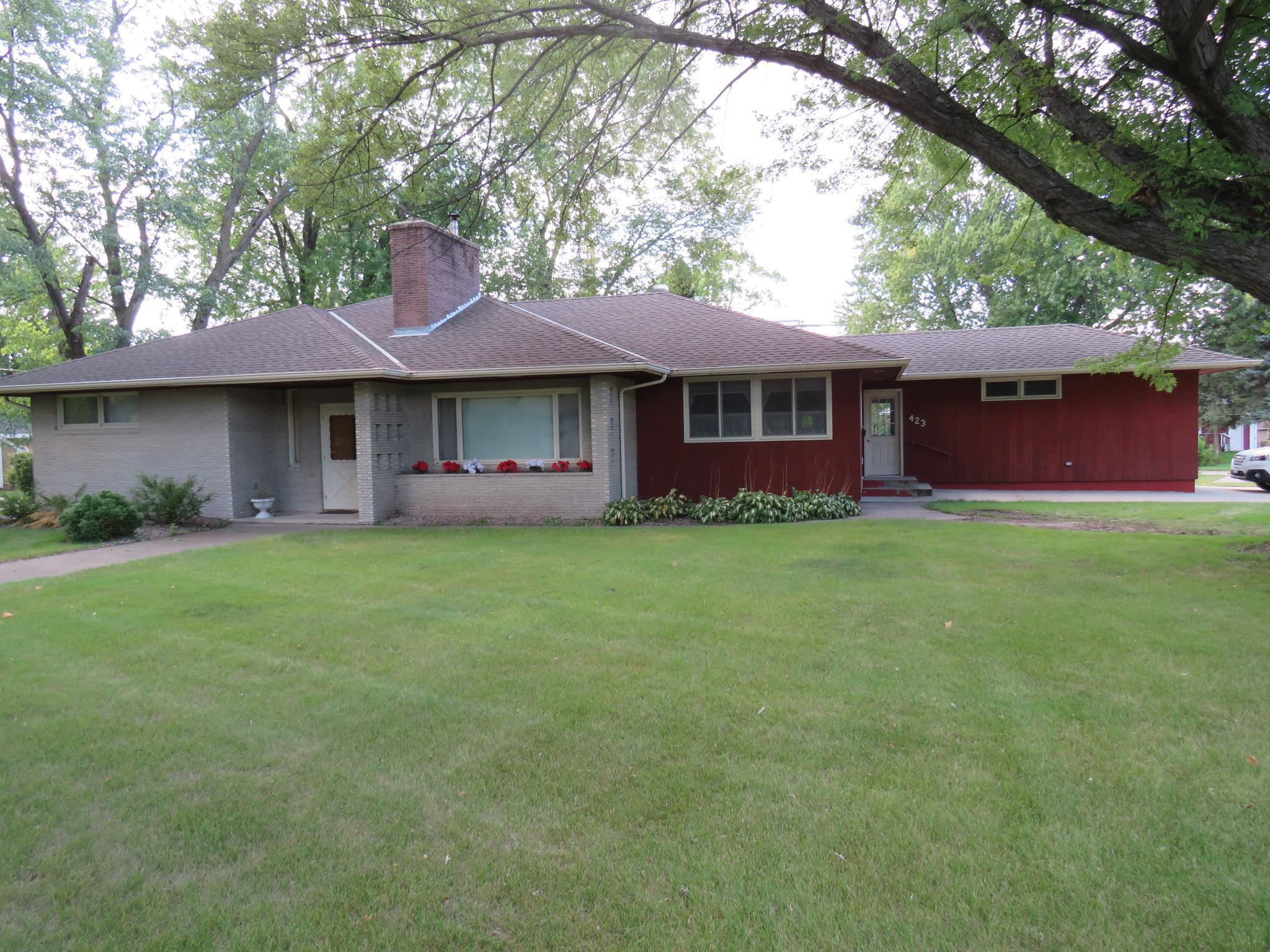 423 S Gaulke Street Property Photo - Appleton, MN real estate listing