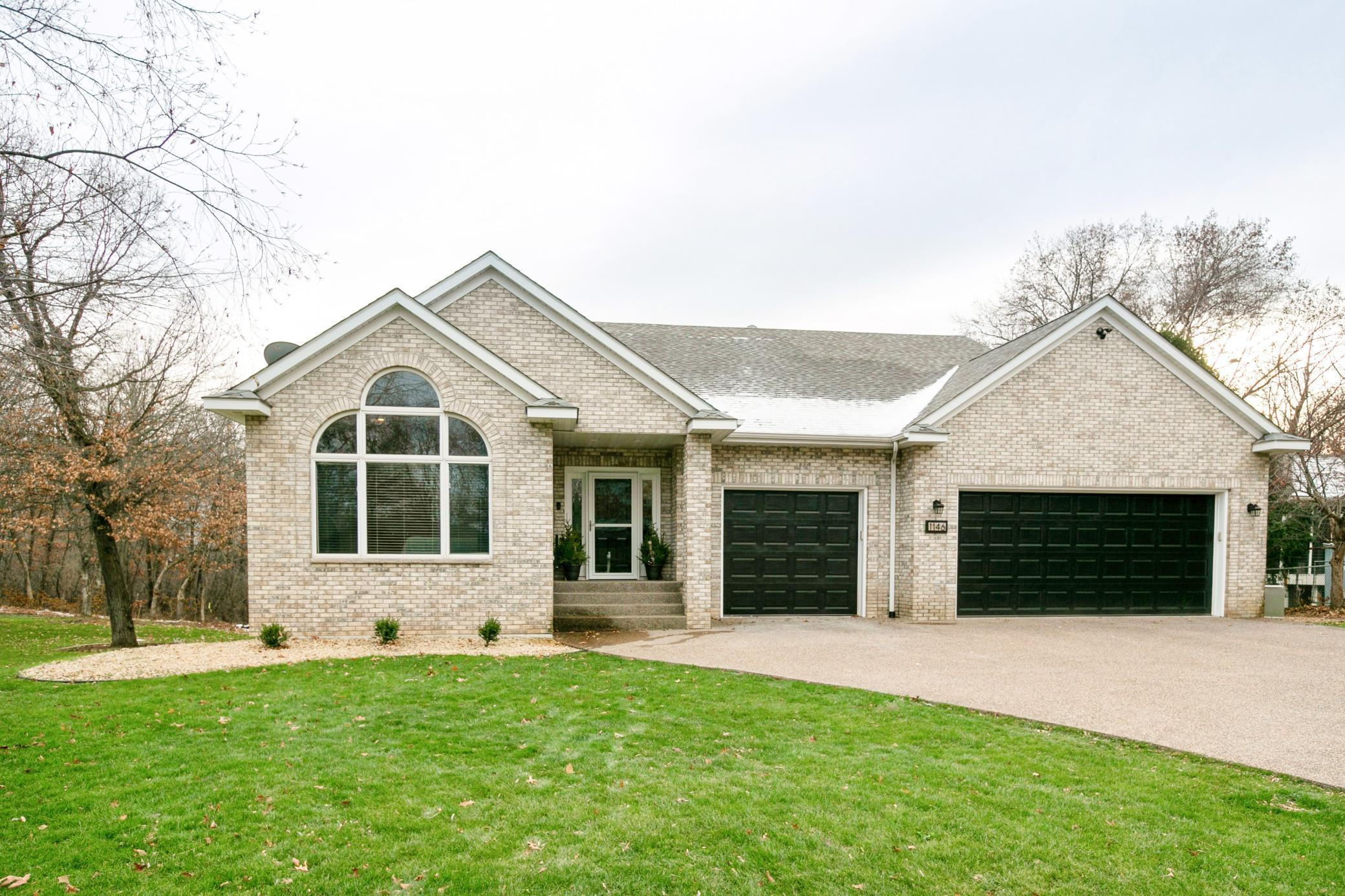 1146 Partridge Lane N Property Photo