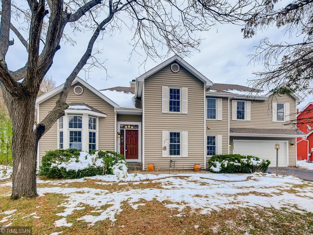 12644 Driftwood Lane Property Photo - Apple Valley, MN real estate listing