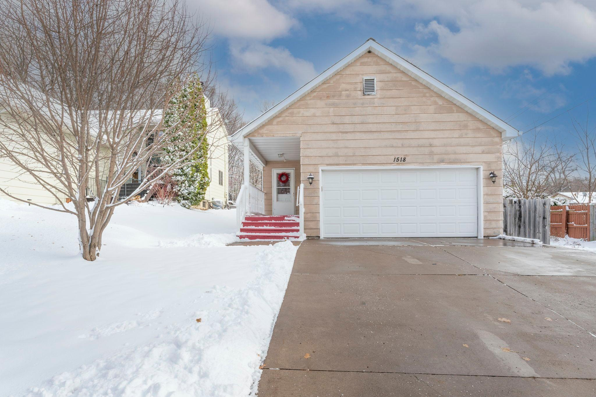 1518 Desoto Street Property Photo - Saint Paul, MN real estate listing