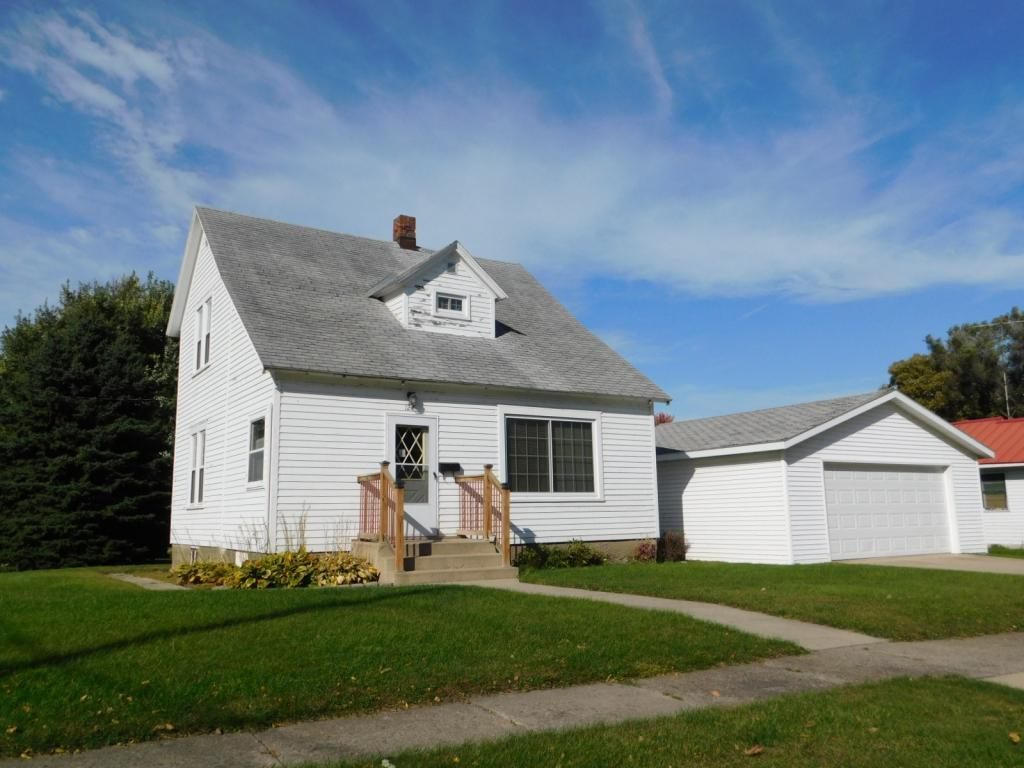 127 N Gaulke Street Property Photo - Appleton, MN real estate listing