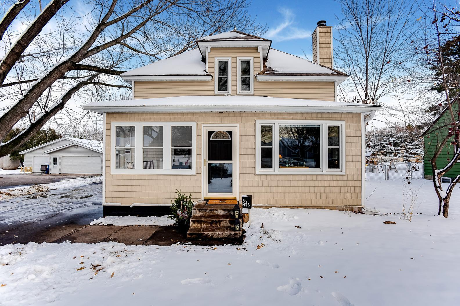 414 Birch Street N Property Photo - Cambridge, MN real estate listing