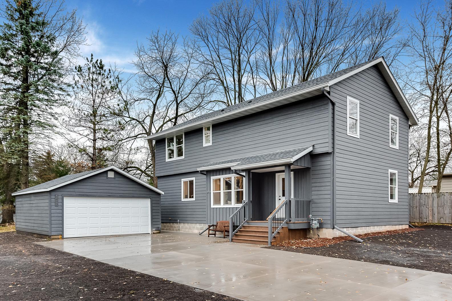 6437 Upper 48th Street N Property Photo