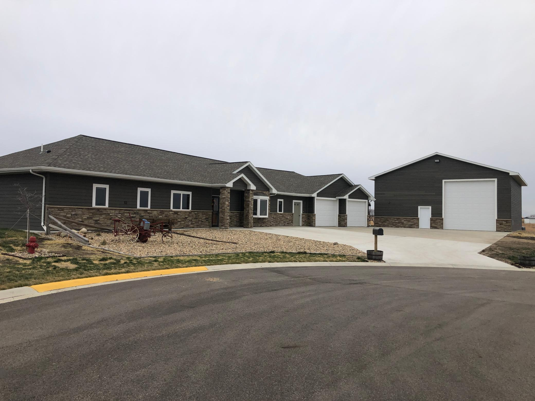 111 Cardinal Circle Property Photo - Ghent, MN real estate listing