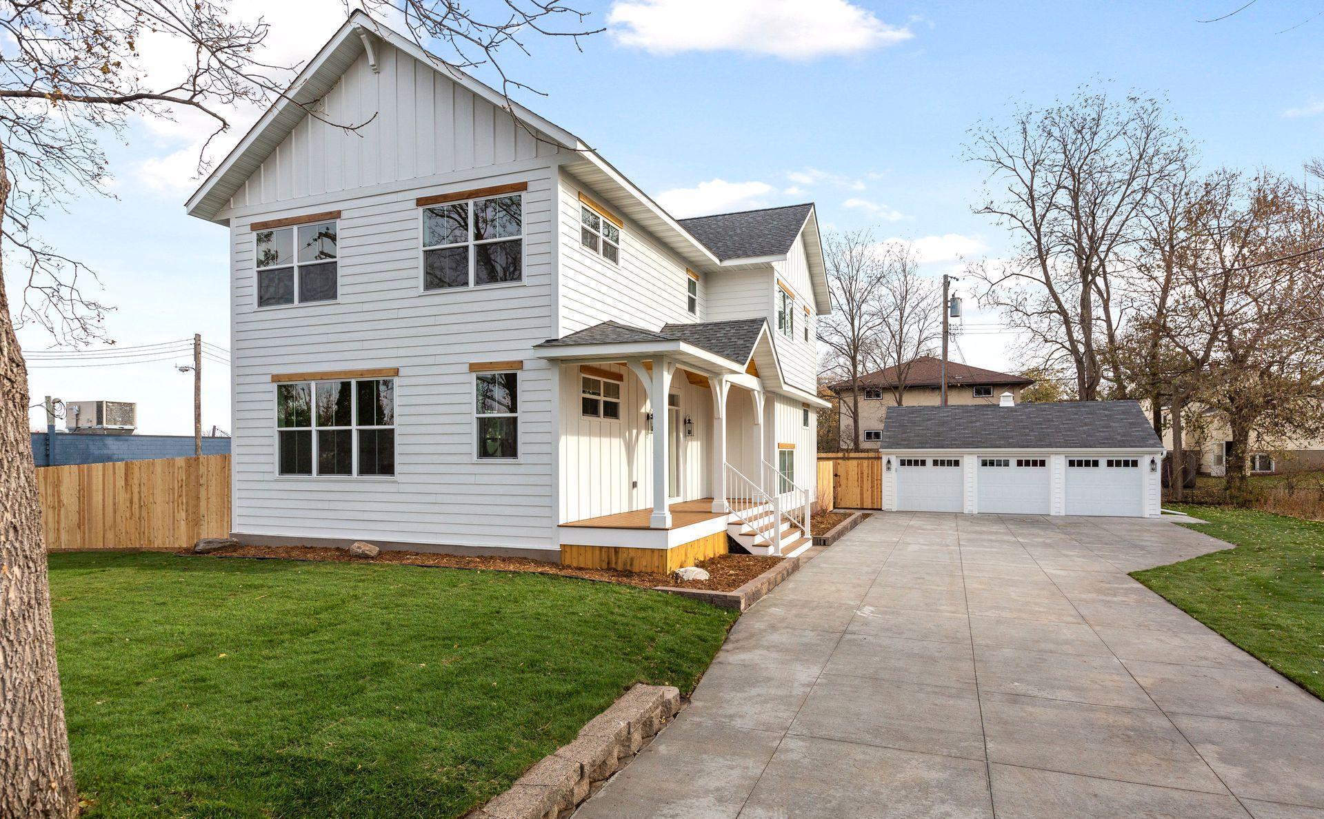 55426 Real Estate Listings Main Image