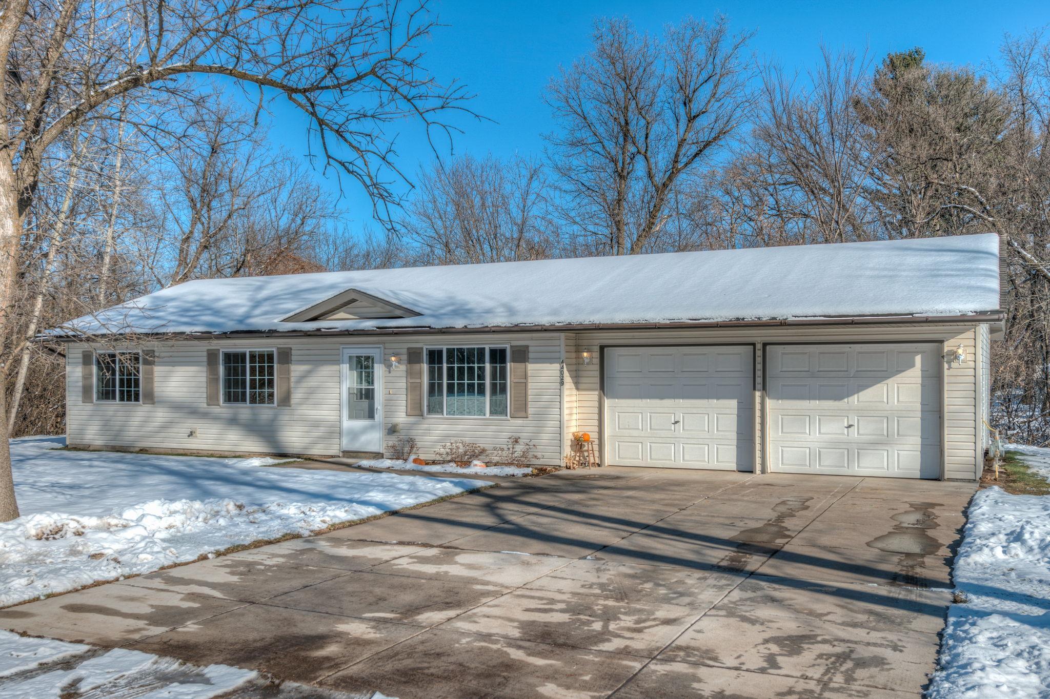 44029 Golden Avenue Property Photo - Harris, MN real estate listing