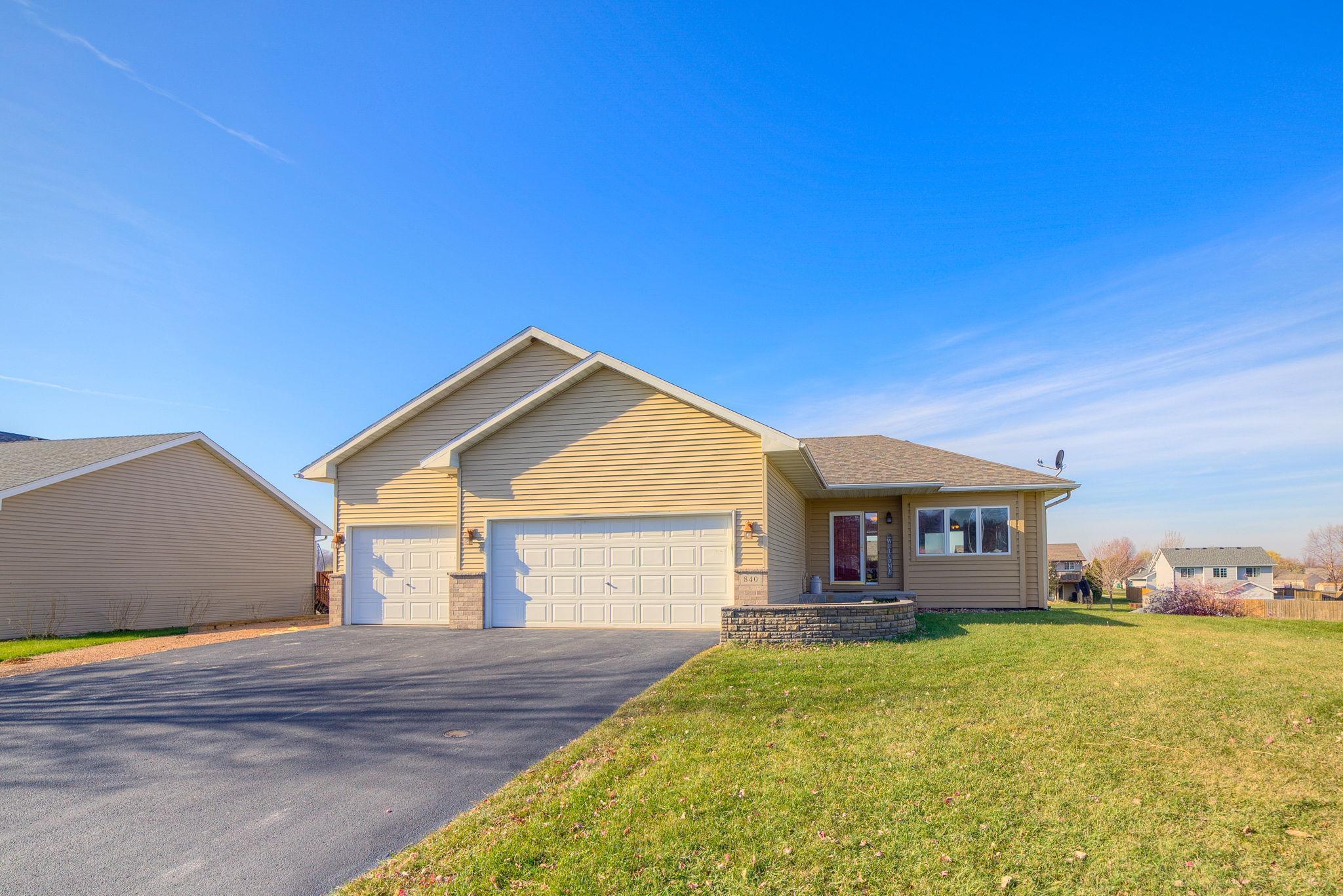 840 Lindsey Lane Property Photo - Belle Plaine, MN real estate listing