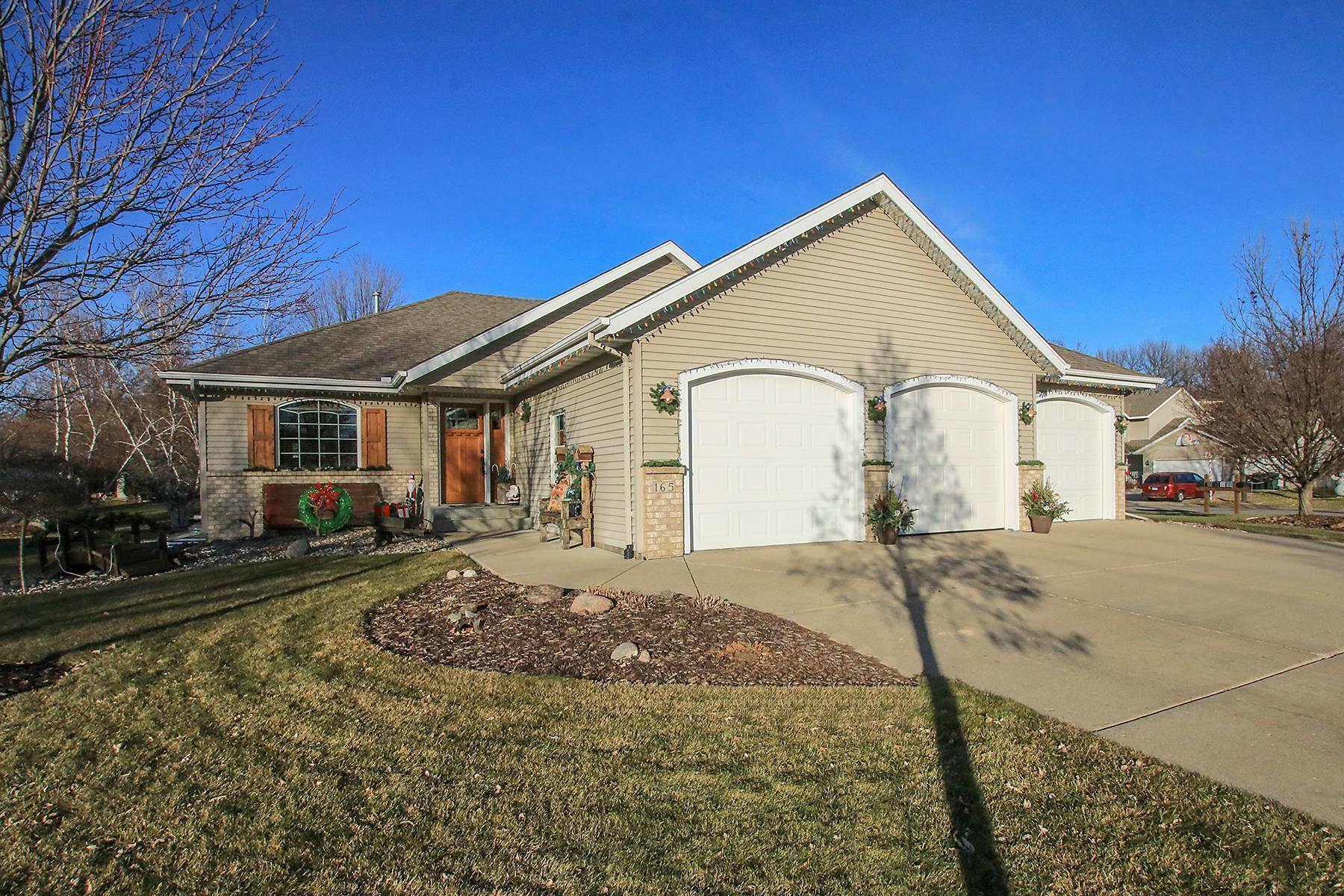 165 Orchard Avenue SE Property Photo - Hutchinson, MN real estate listing