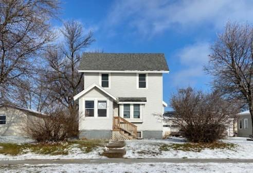 712 Elm Avenue W Property Photo - Waseca, MN real estate listing
