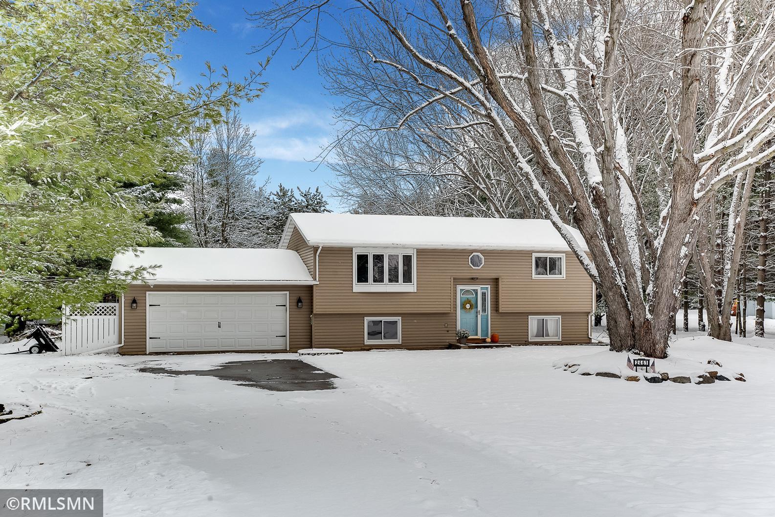 2461 225th Avenue NE Property Photo - East Bethel, MN real estate listing