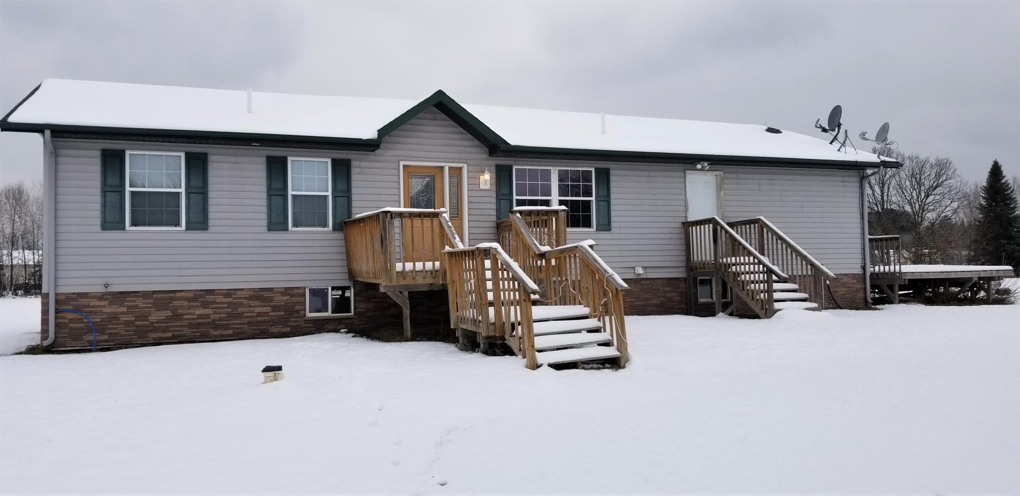 25485 Jolanne Lane Property Photo - Bovey, MN real estate listing