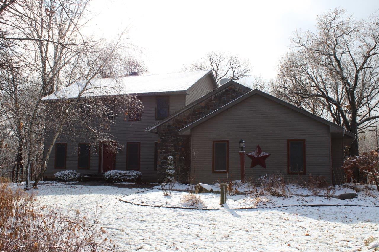 W10791 468th Avenue Property Photo - Prescott, WI real estate listing