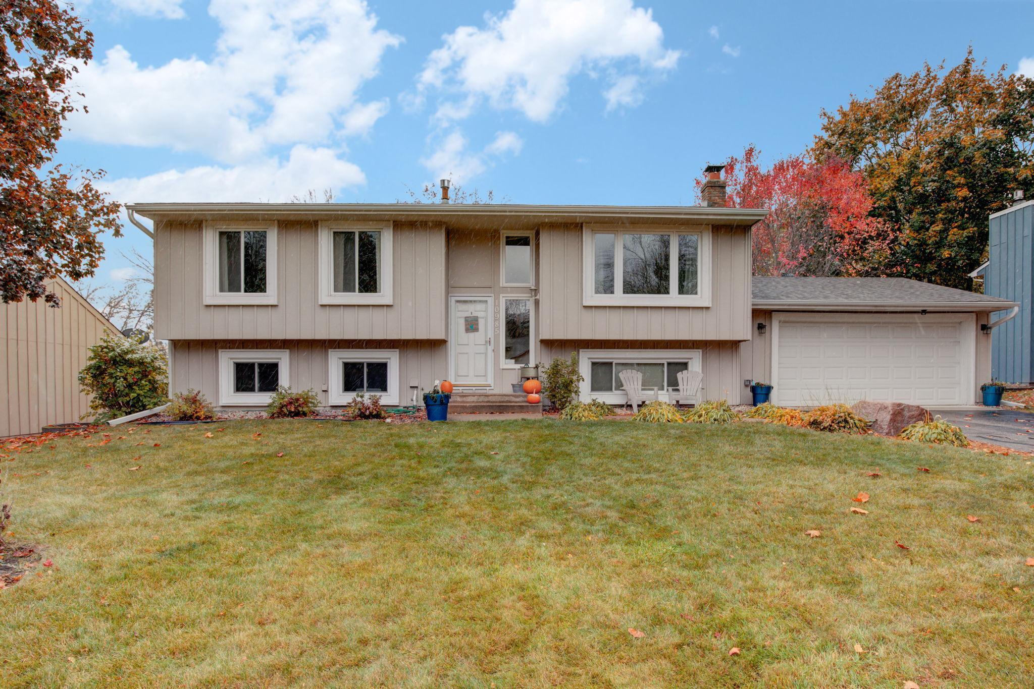 10985 Hyland Terrace Property Photo - Eden Prairie, MN real estate listing