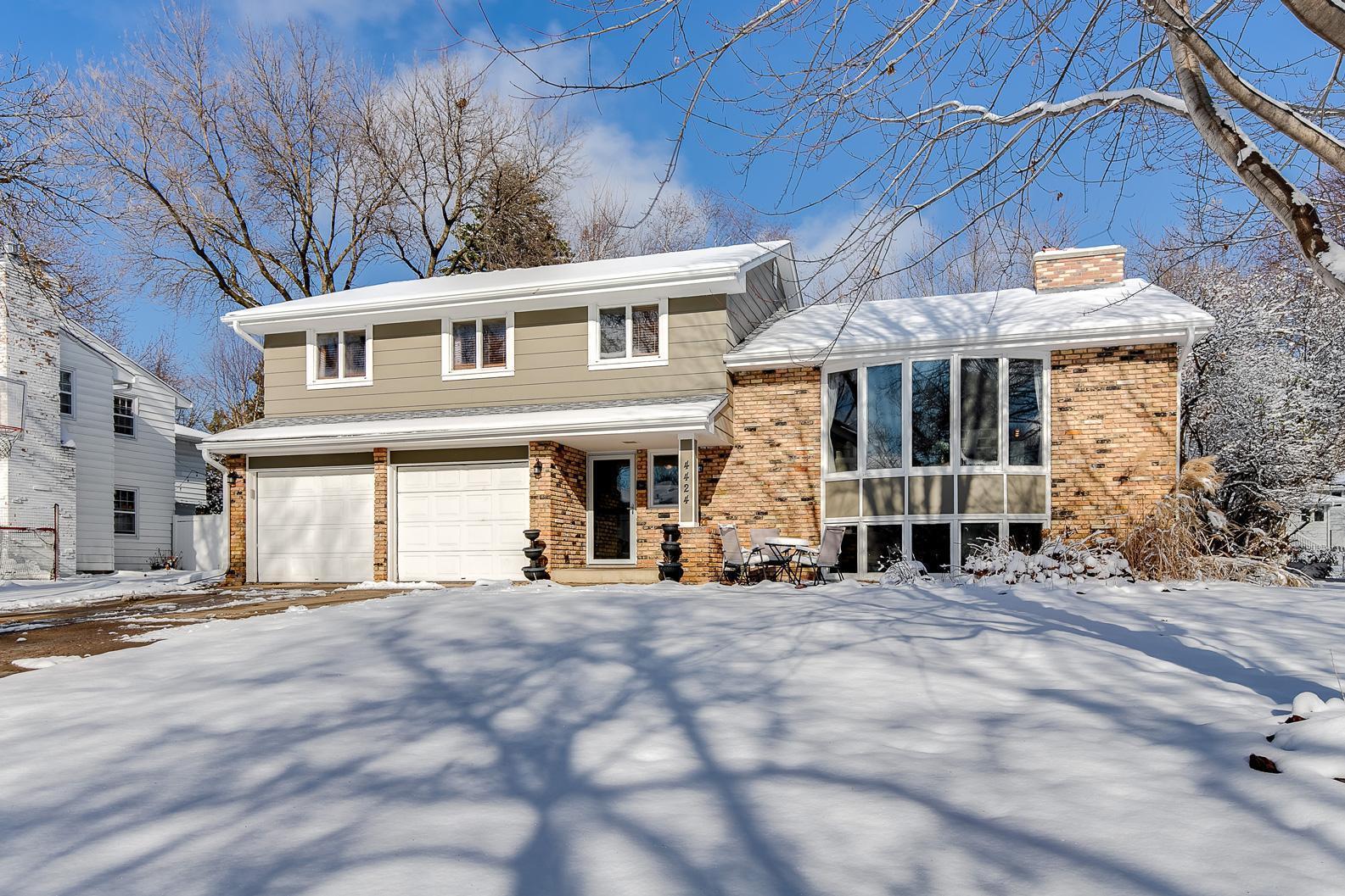 4424 Gilford Drive Property Photo - Edina, MN real estate listing