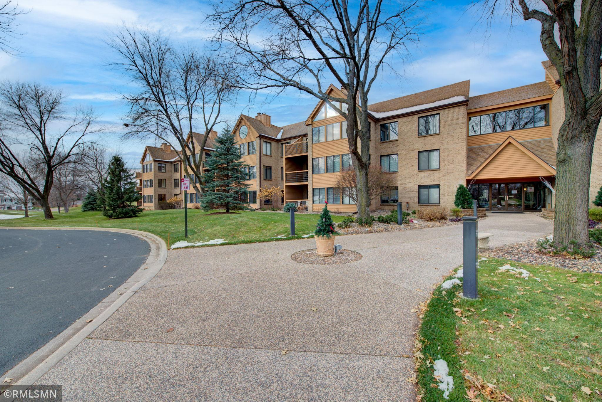 6100 Auto Club Road #205 Property Photo - Bloomington, MN real estate listing