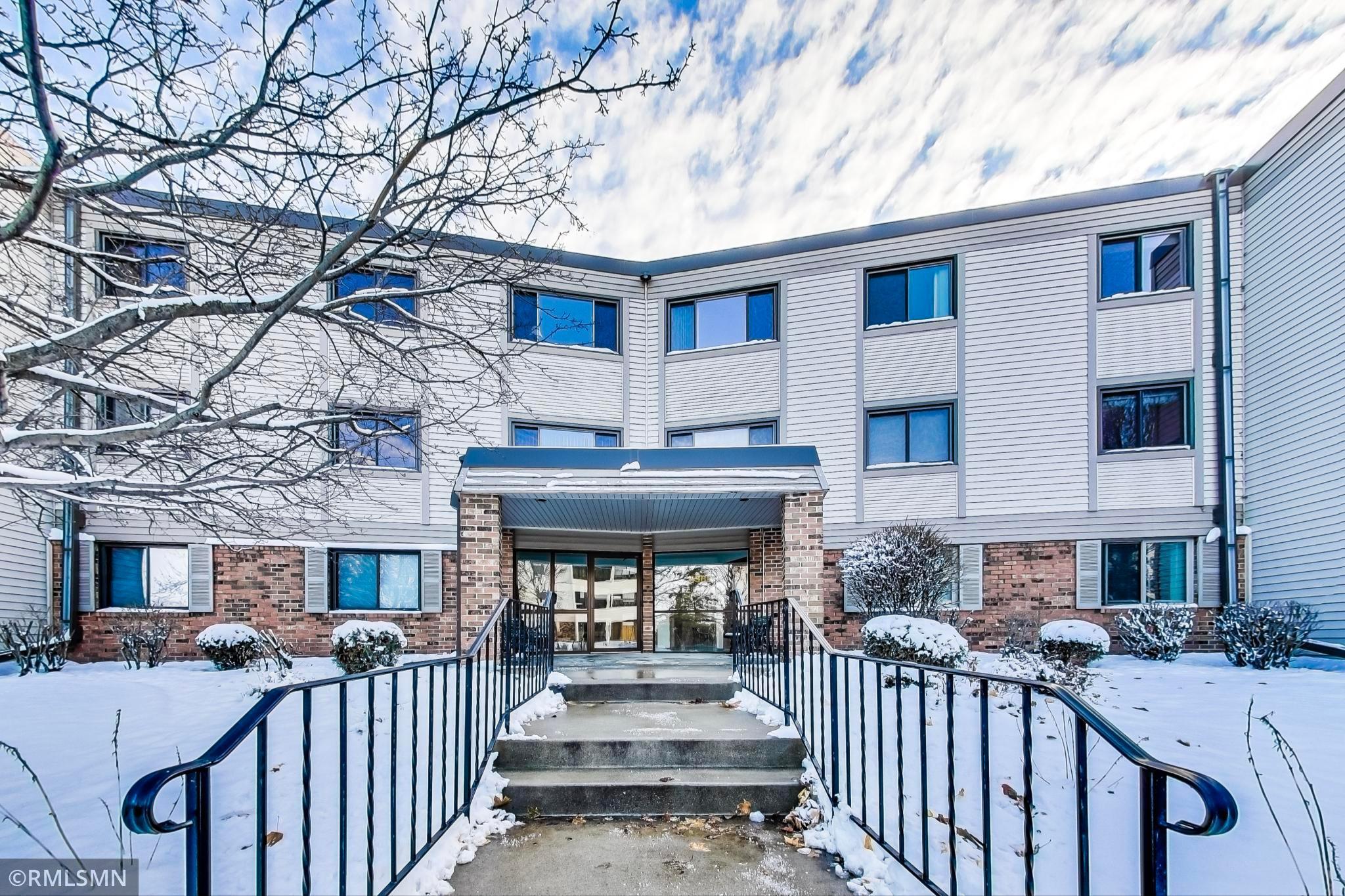 4385 Trenton Lane N #208 Property Photo - Plymouth, MN real estate listing