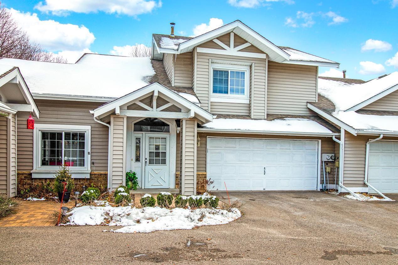 6926 Lake Terrace E Property Photo