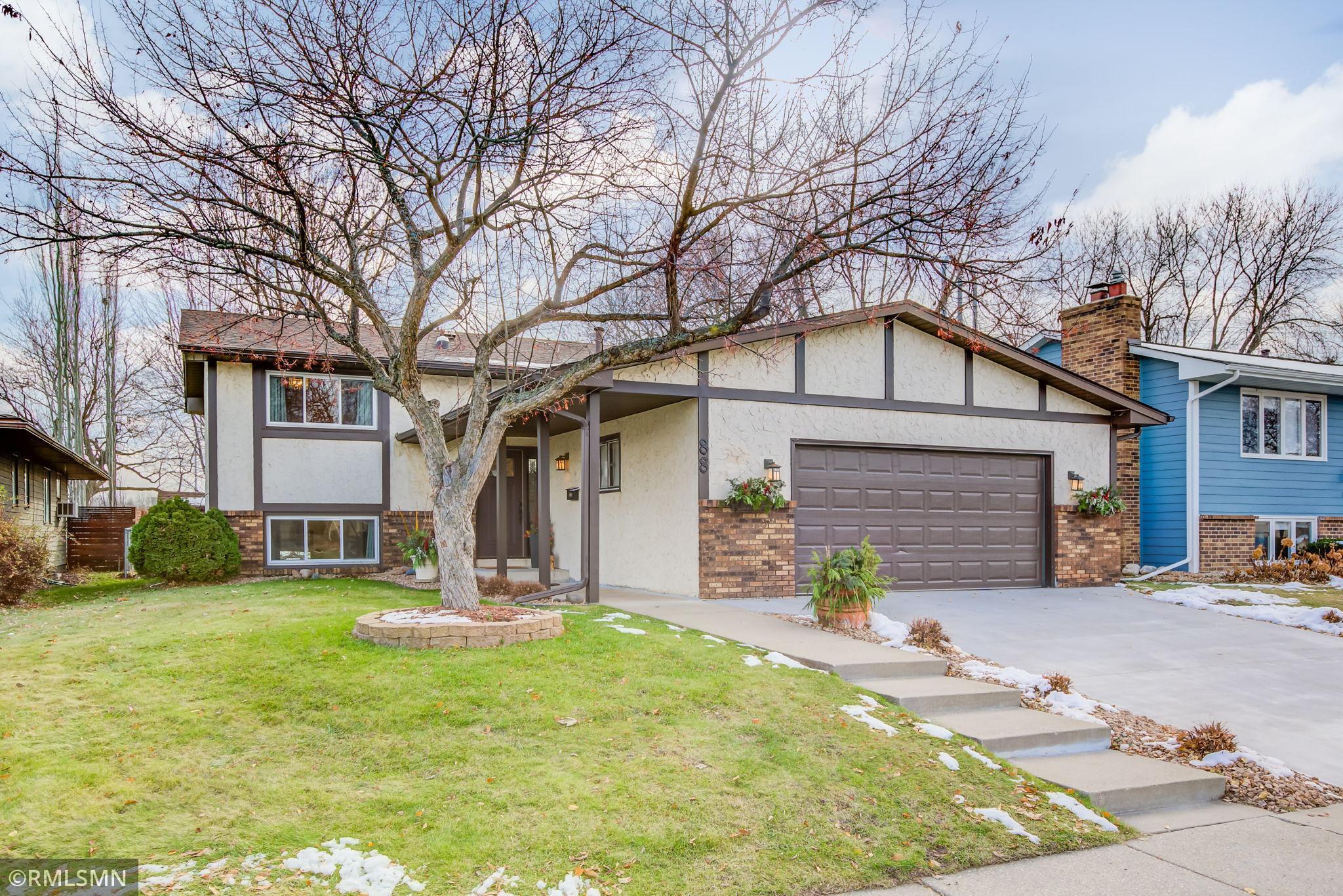 88 Ramsey Circle NE Property Photo - Minneapolis, MN real estate listing