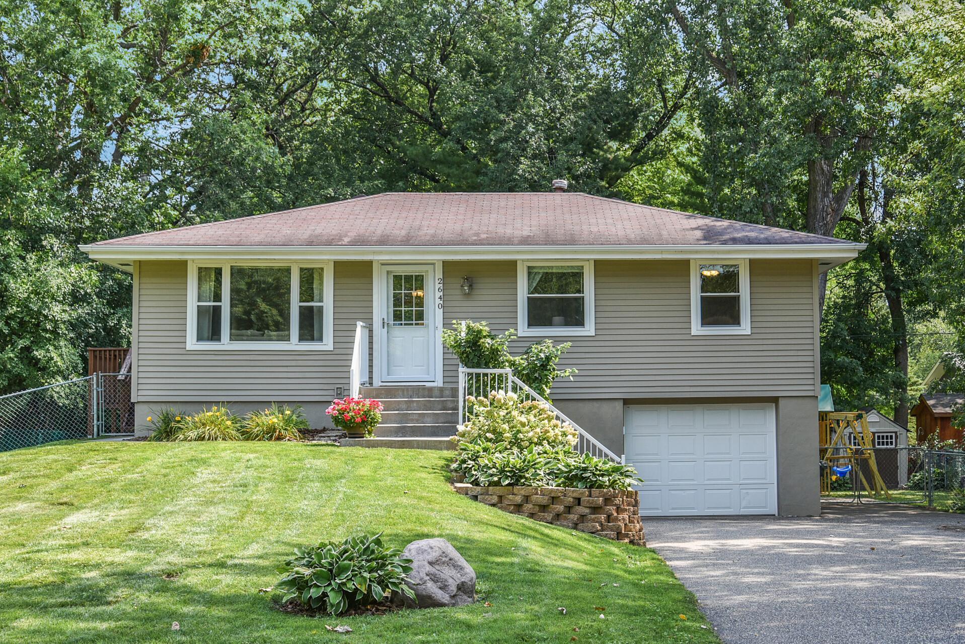 2640 Norwood Lane N Property Photo - Plymouth, MN real estate listing