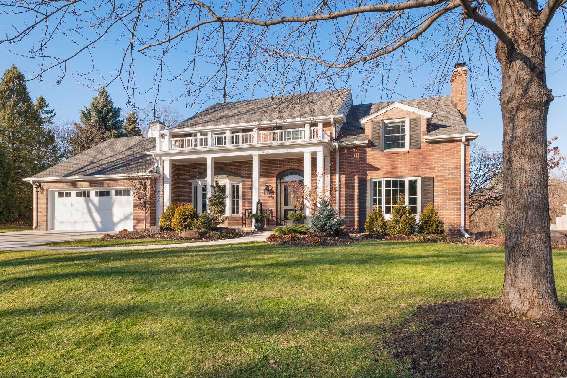 4804 Woodhill Way Property Photo