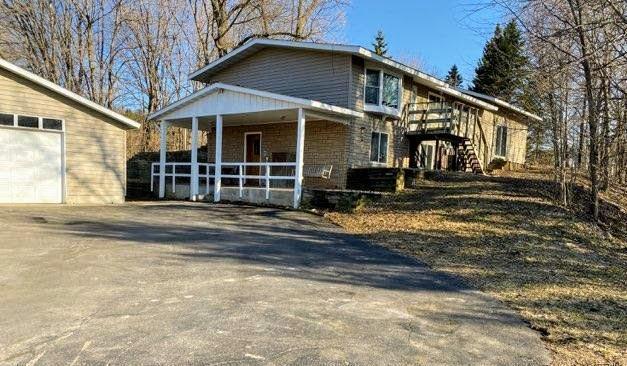 20501 Cedar Valley Road Property Photo