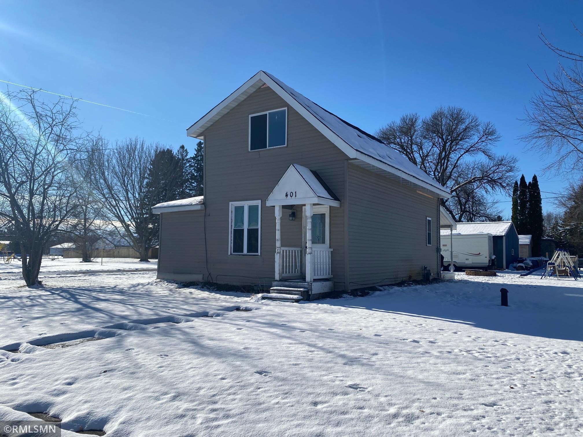 401 Union Street Property Photo - Grasston, MN real estate listing
