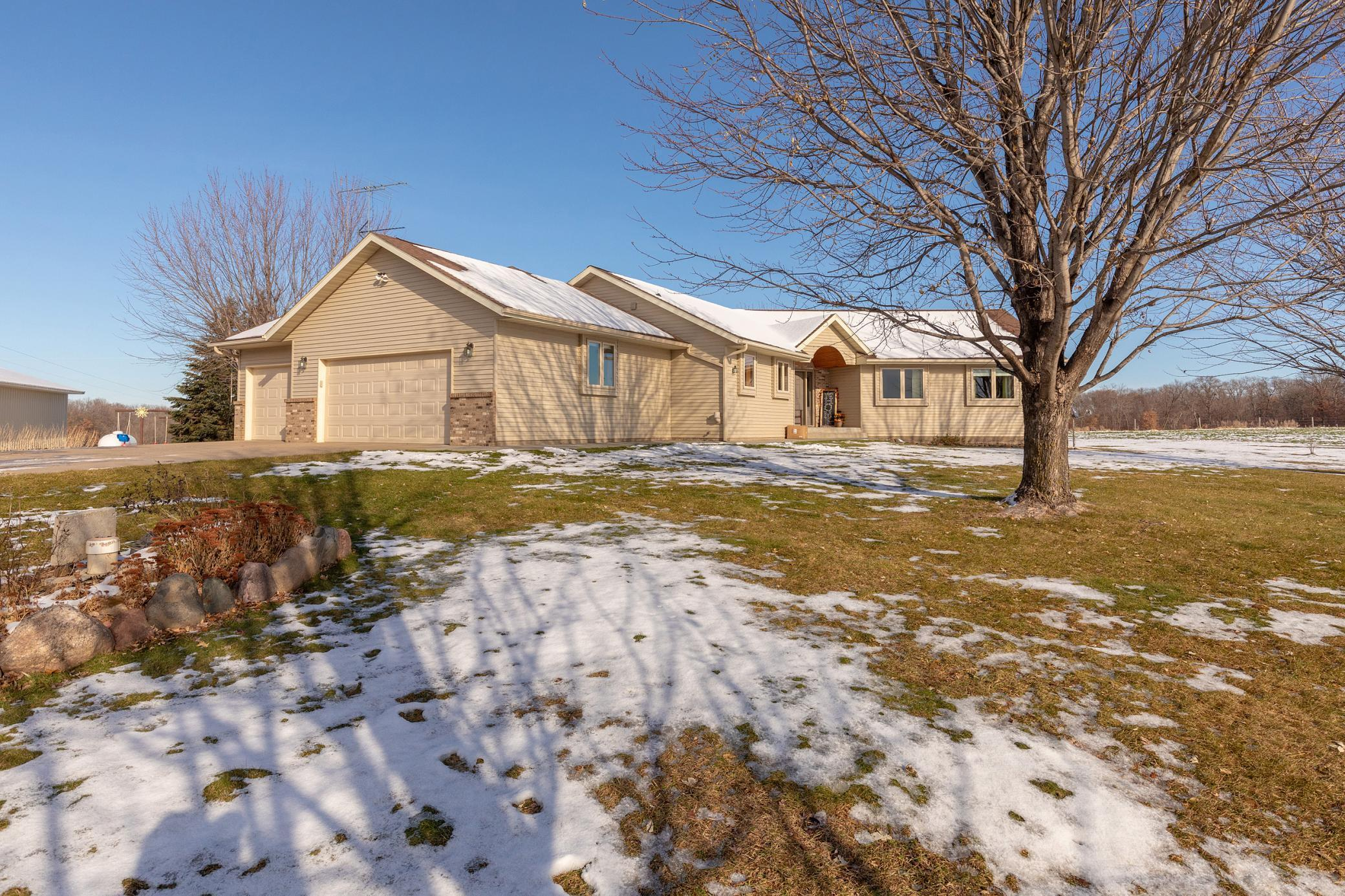 9974 440th Street Property Photo - Holdingford, MN real estate listing