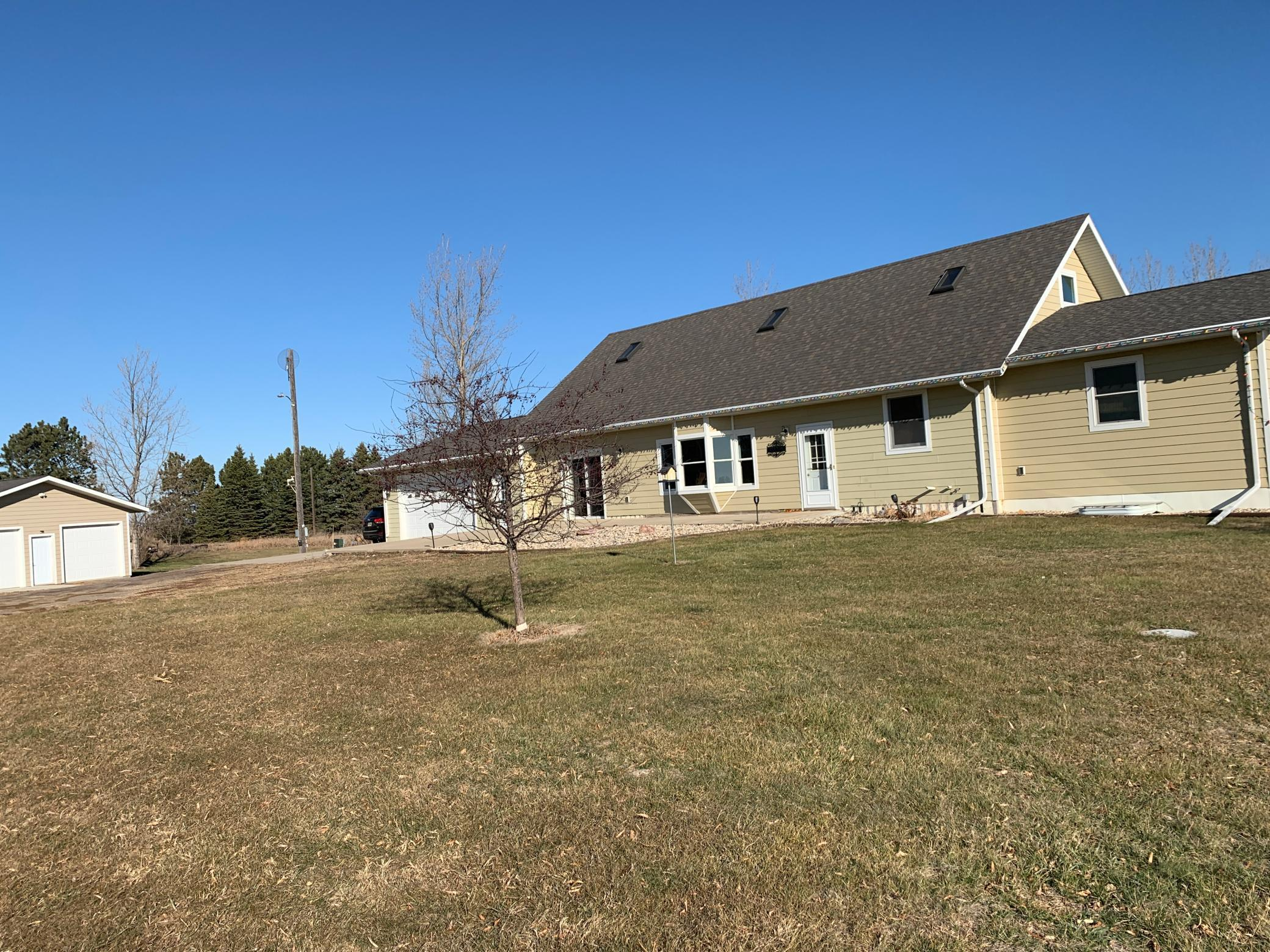 18296 SD Highway 22 Property Photo - Gary, SD real estate listing
