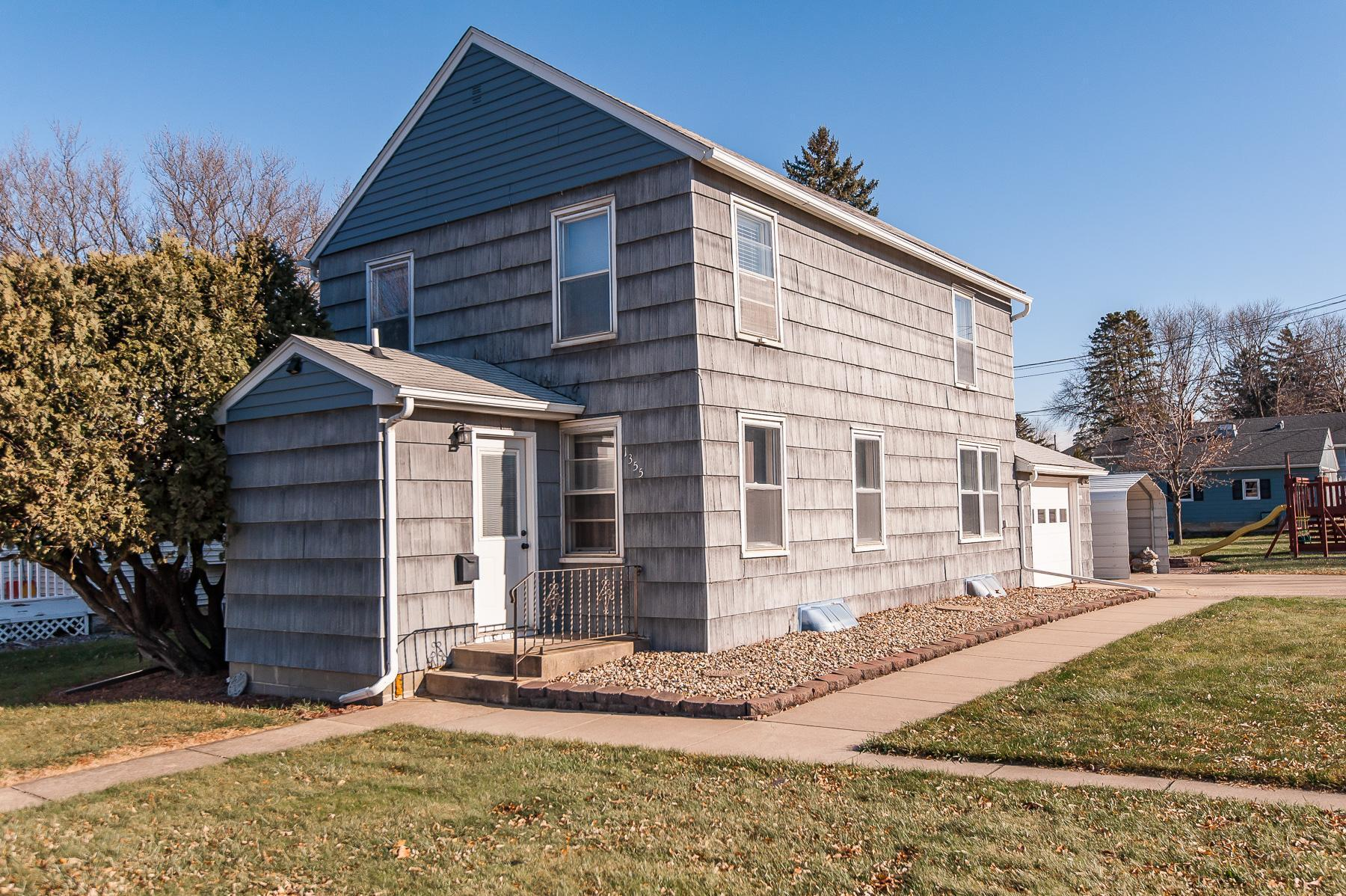 1355 S Main Street Property Photo - Zumbrota, MN real estate listing