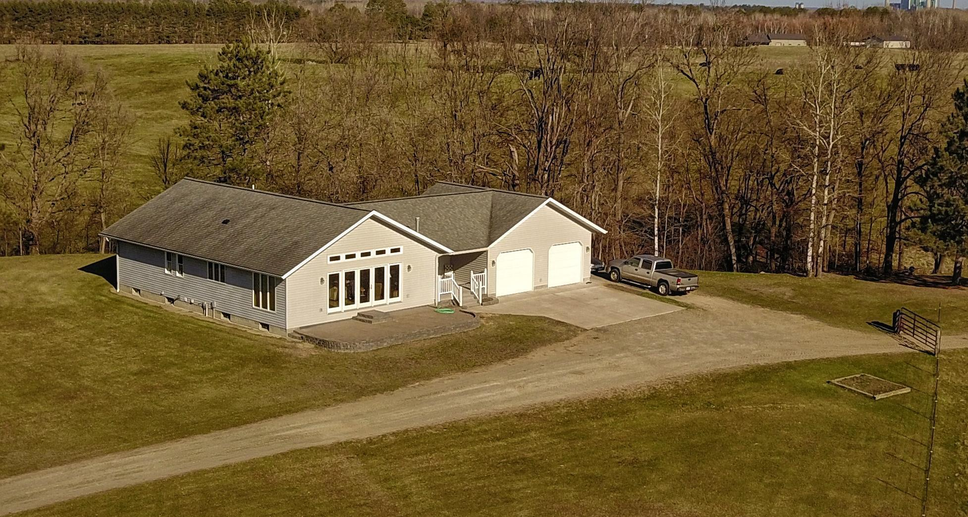 40789 County Road 257 Property Photo - Cohasset, MN real estate listing