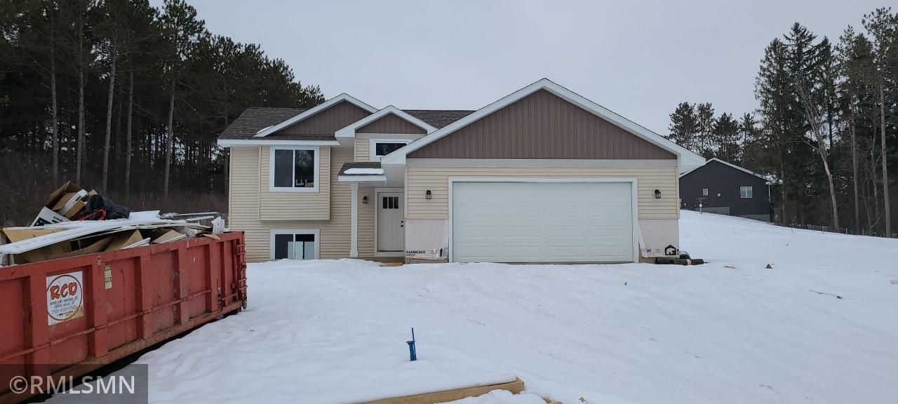 W1002 Red Fox Run Property Photo - Spring Valley, WI real estate listing